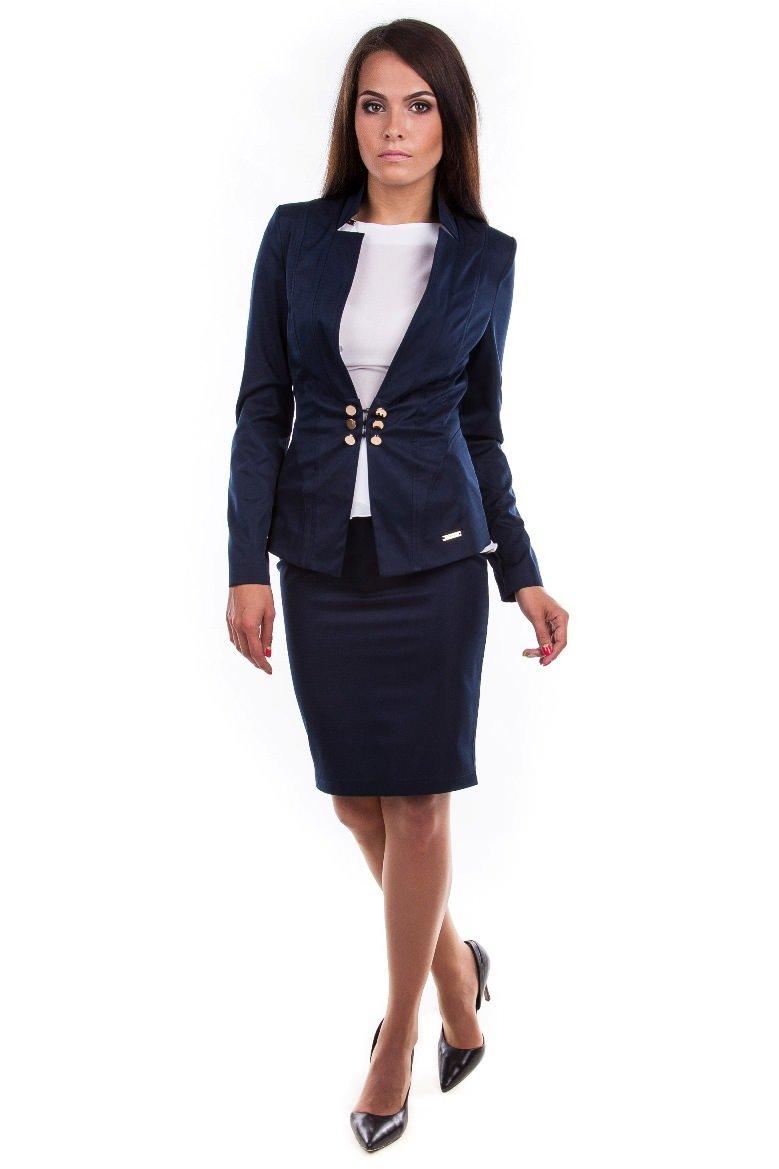 Подиум женская одежда доставка