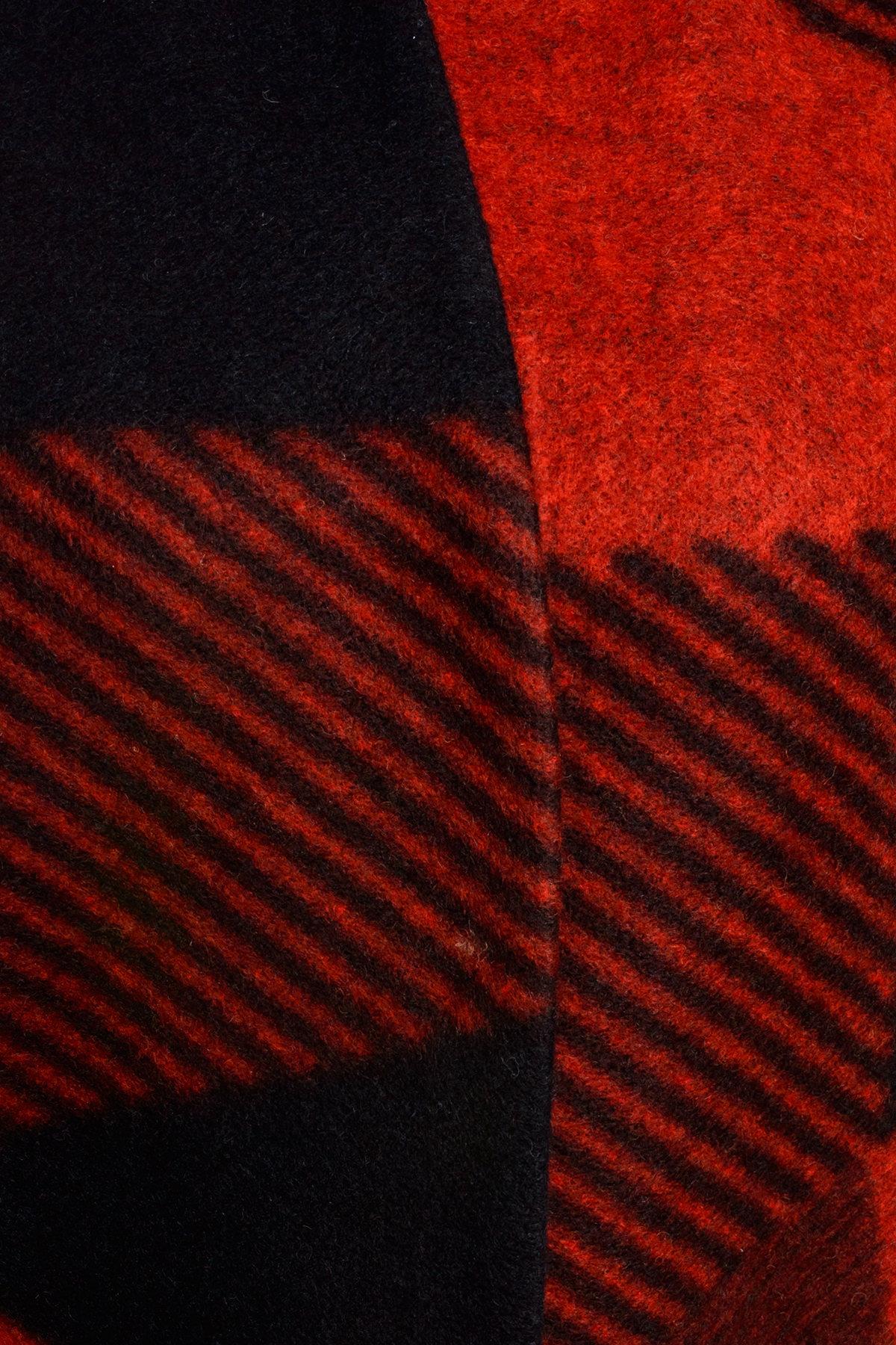 Пальто Марис 0413 Цвет: Черный / терракот Д2/С2