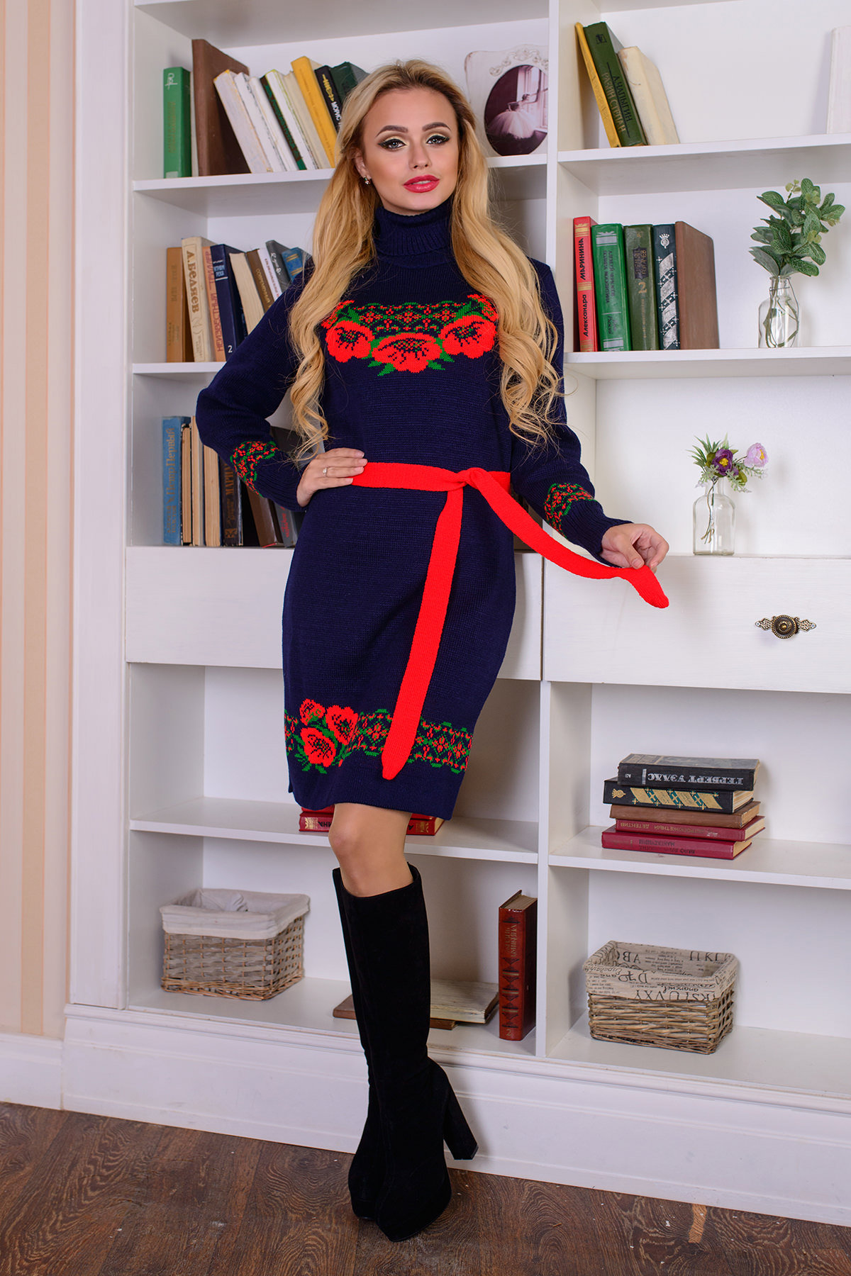 вязаные платья оптом Платье Венок