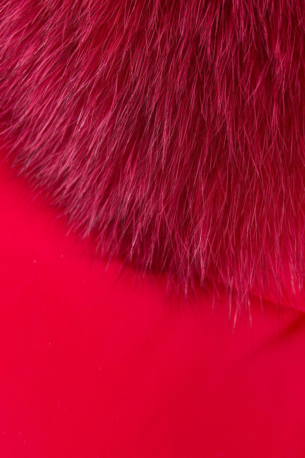 Пуховик с натуральным мехом песца Ари 3113 АРТ. 16409 Цвет: Красный - фото 4, интернет магазин tm-modus.ru