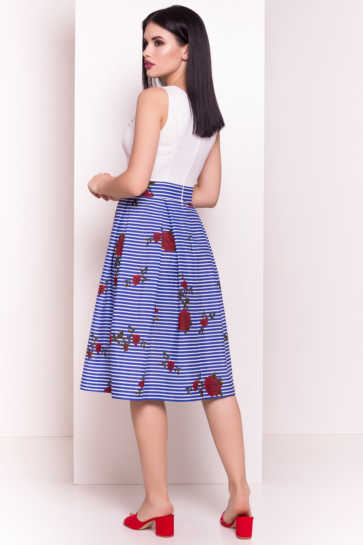 Платье Анабель 5096 Цвет: Электрик/белый полоска сред