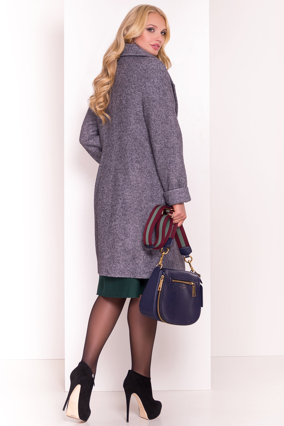 Однобортное пальто с потайной застежкой Арсина Donna 4451 Цвет: Серый Темный LW-47