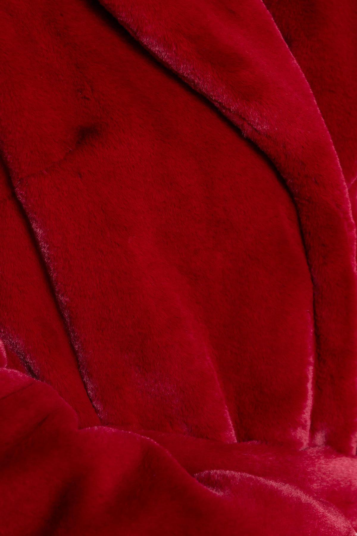 Эко шуба красного цвета Субира 4287 АРТ. 20758 Цвет: Марсала - фото 6, интернет магазин tm-modus.ru