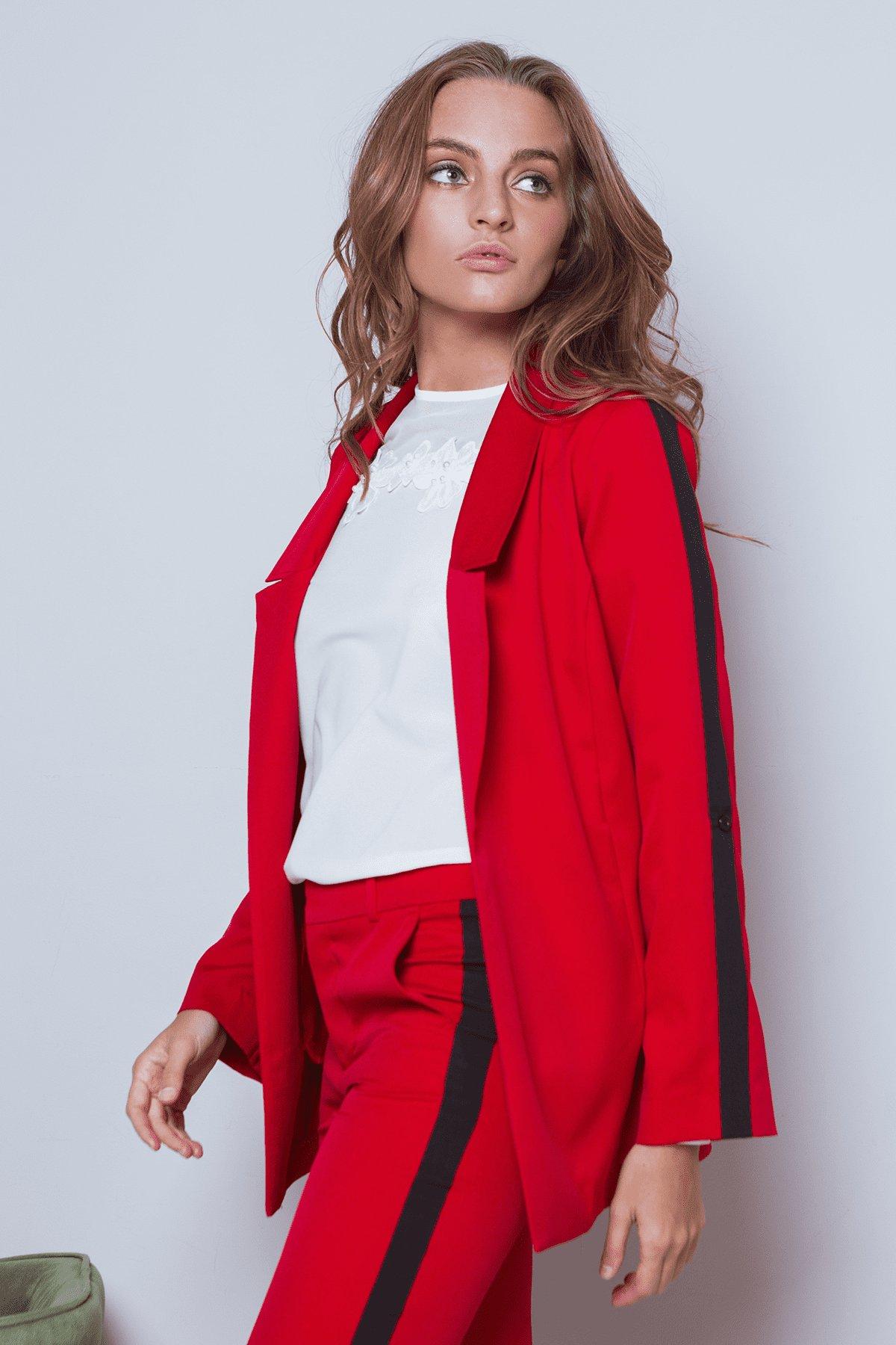 Жакет Макеба 3240 Цвет: Красный/черный