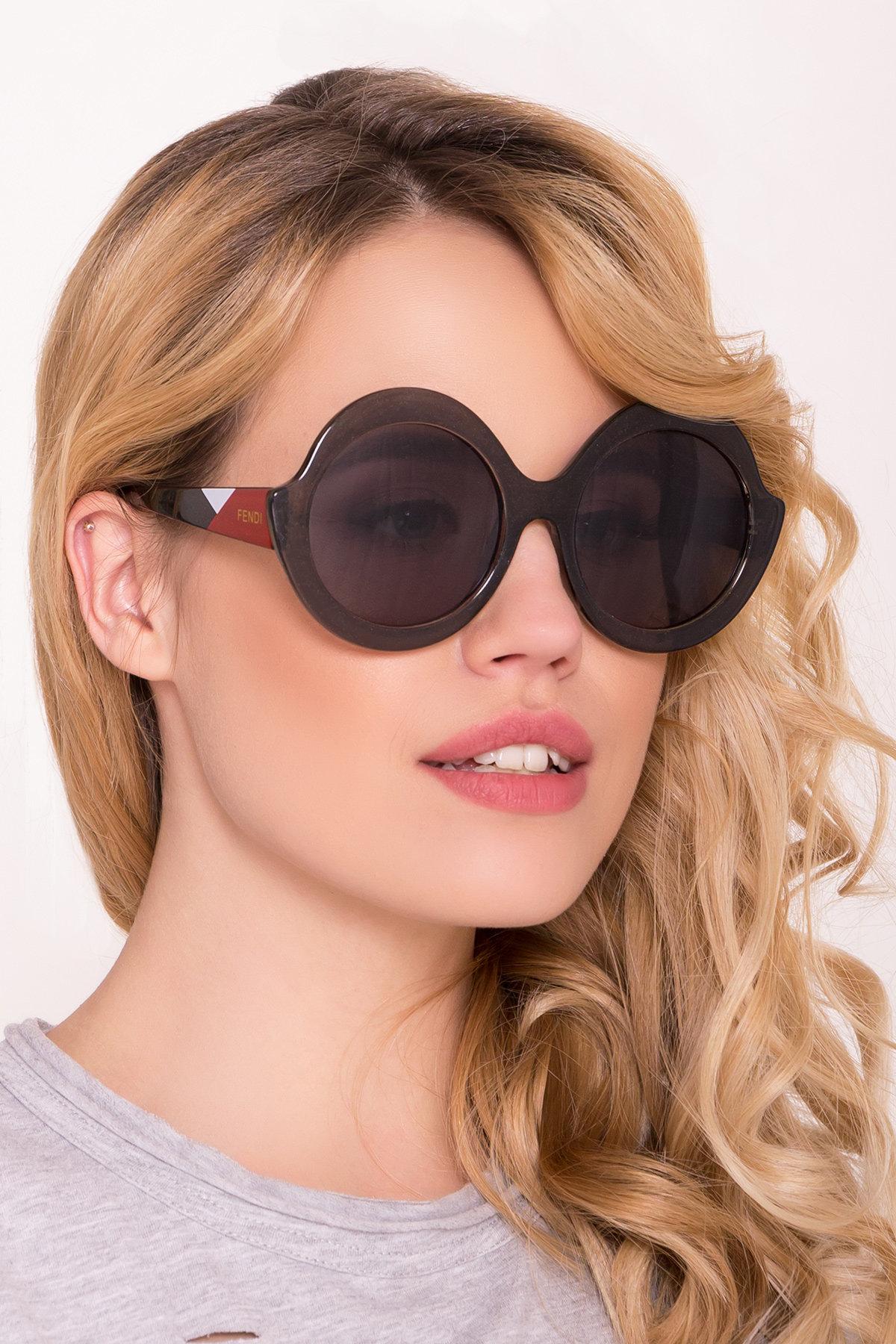 Очки солнцезащитные 7000 Цвет: Коричневый/серый