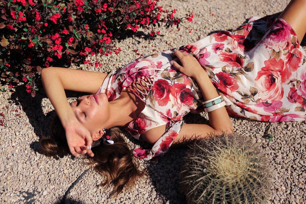 Платье Фрезия 5072 АРТ. 42003 Цвет: Розы молоко/коралл - фото 13, интернет магазин tm-modus.ru