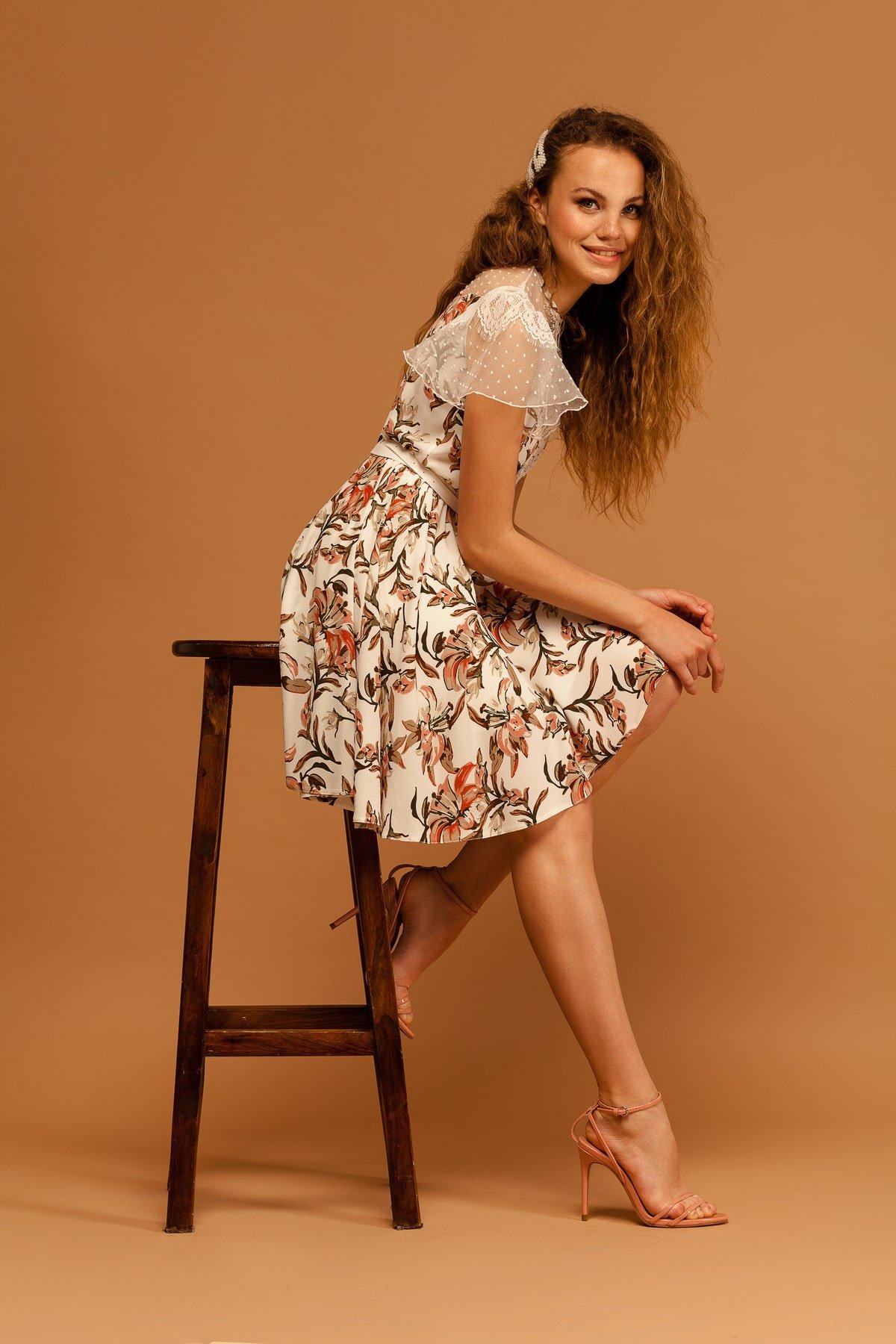 Легкое Платье Ламара 7221 АРТ. 42784 Цвет: Лилии коралл/молоко - фото 4, интернет магазин tm-modus.ru