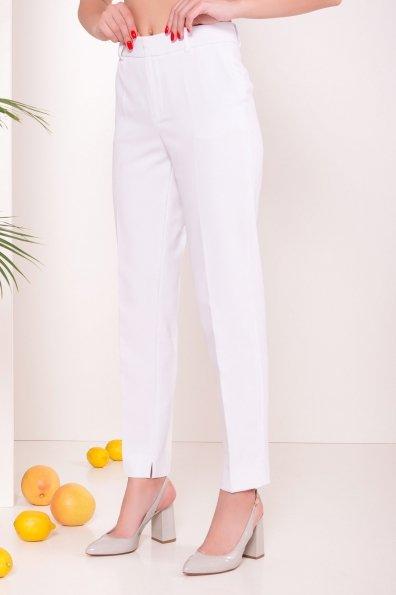 Базовые брюки со стрелками Эдвин 2467 Цвет: Белый