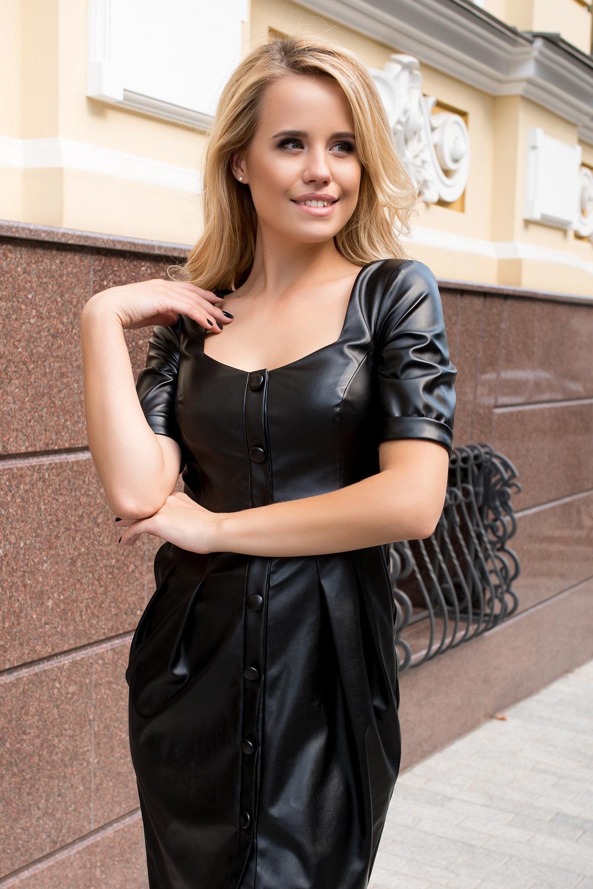 Платье-футляр из экокожи Юта 7851 АРТ. 43753 Цвет: Черный - фото 3, интернет магазин tm-modus.ru
