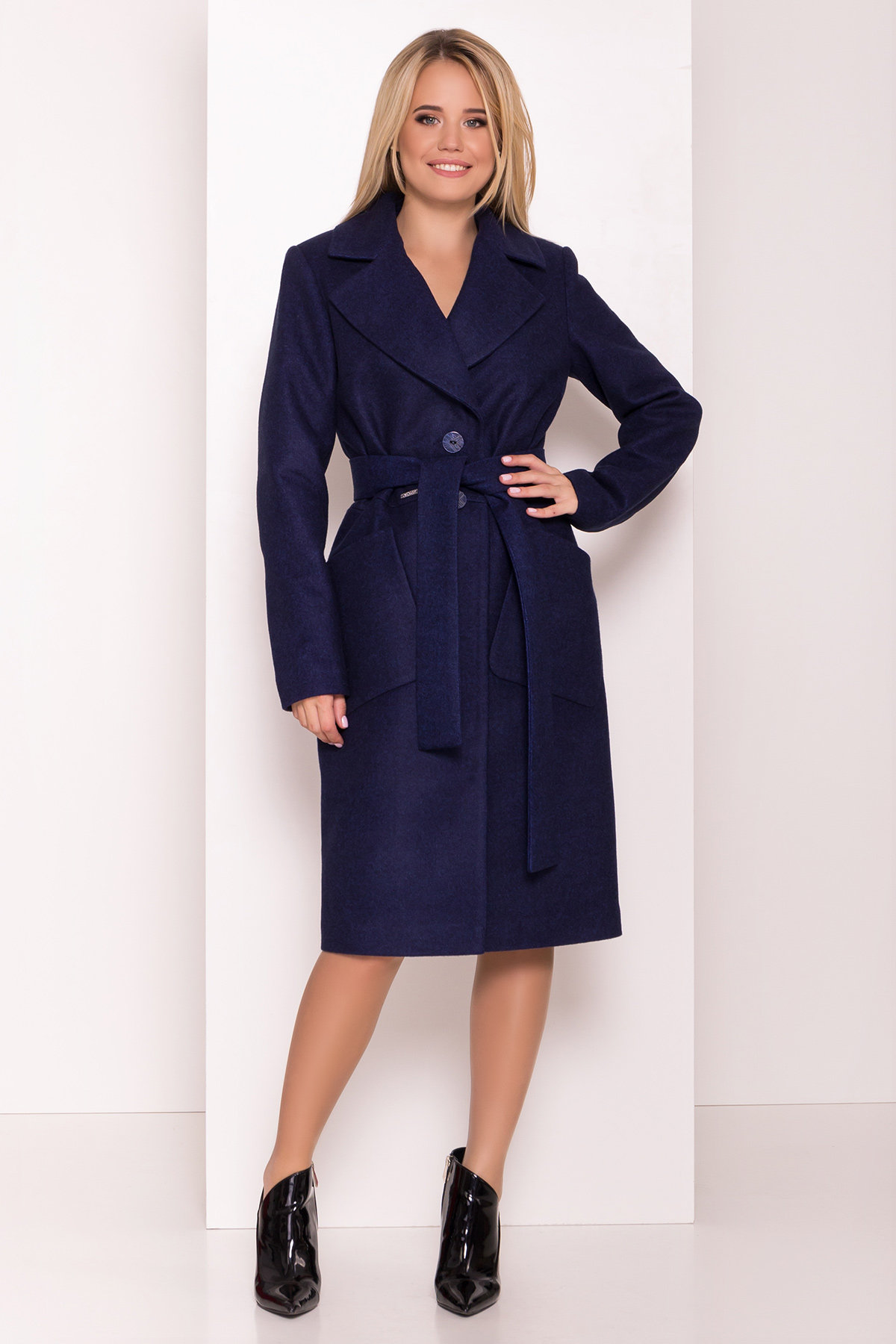 Демисезонного пальто оптом ТМ Modus Классическое пальто Габриэлла 7872