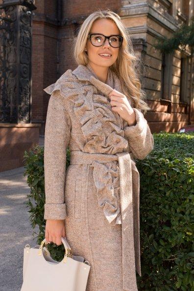 Демисезонное пальто с оригинальным декором Фентези 6368 Цвет: Бежевый 13