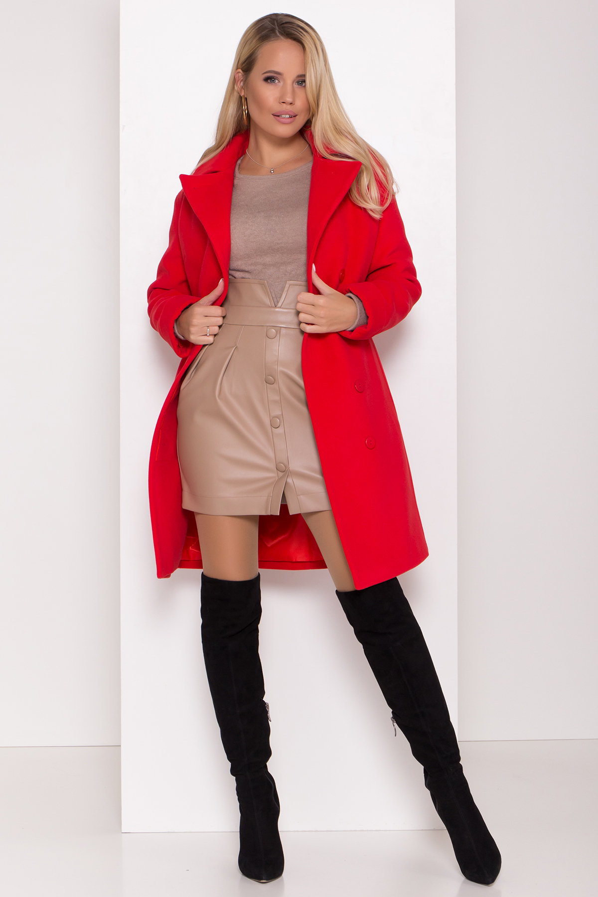 Зимнее пальто в классическом стиле Лизи 8179 АРТ. 44195 Цвет: Красный - фото 2, интернет магазин tm-modus.ru