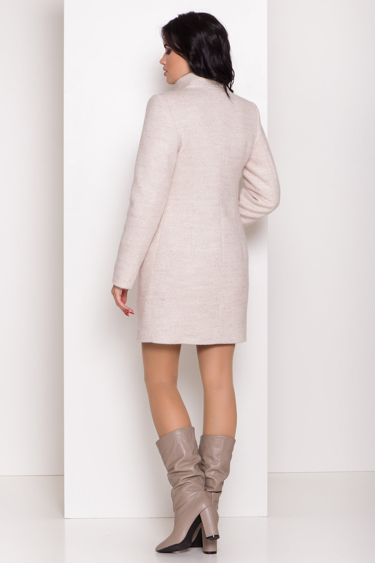 Зимнее пальто с круговым шарфом  Сплит 8406 АРТ. 44631 Цвет: Бежевый 21 - фото 5, интернет магазин tm-modus.ru