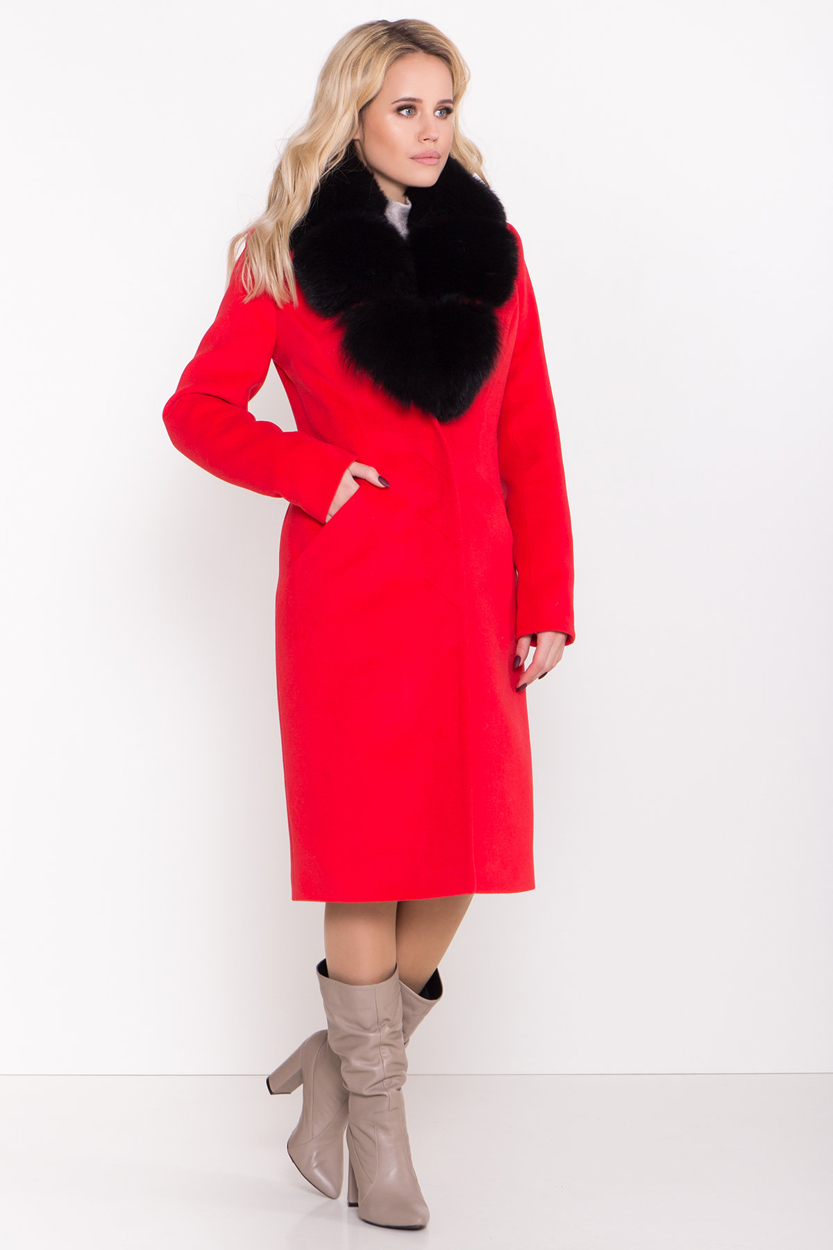 Зимнее пальто с меховым воротником Кареро 8439 АРТ. 44695 Цвет: Красный - фото 3, интернет магазин tm-modus.ru