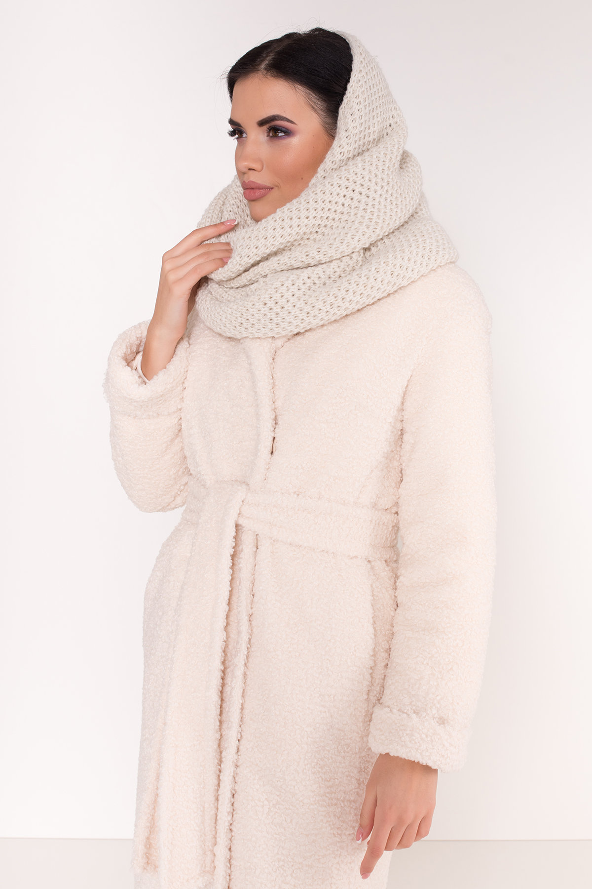 Пальто из эко меха Приора 8564 АРТ. 44887 Цвет: Молоко - фото 9, интернет магазин tm-modus.ru