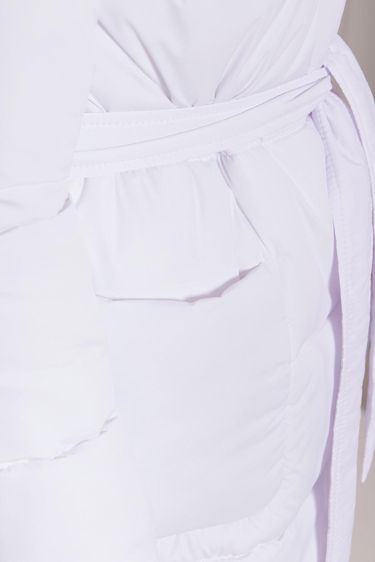 Удлиненный пуховик с накладными карманами Бланка 8622 АРТ. 44960 Цвет: Белый - фото 6, интернет магазин tm-modus.ru