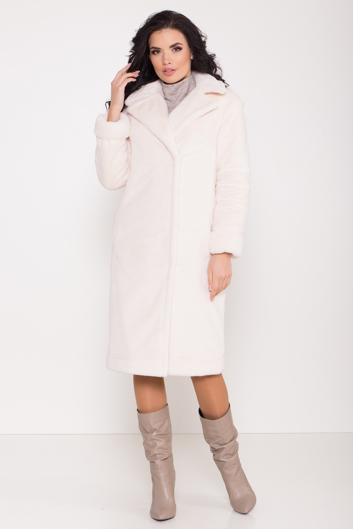 Зимнее пальто из искусственного меха норки Саманта 8641 АРТ. 44957 Цвет: Молоко - фото 8, интернет магазин tm-modus.ru
