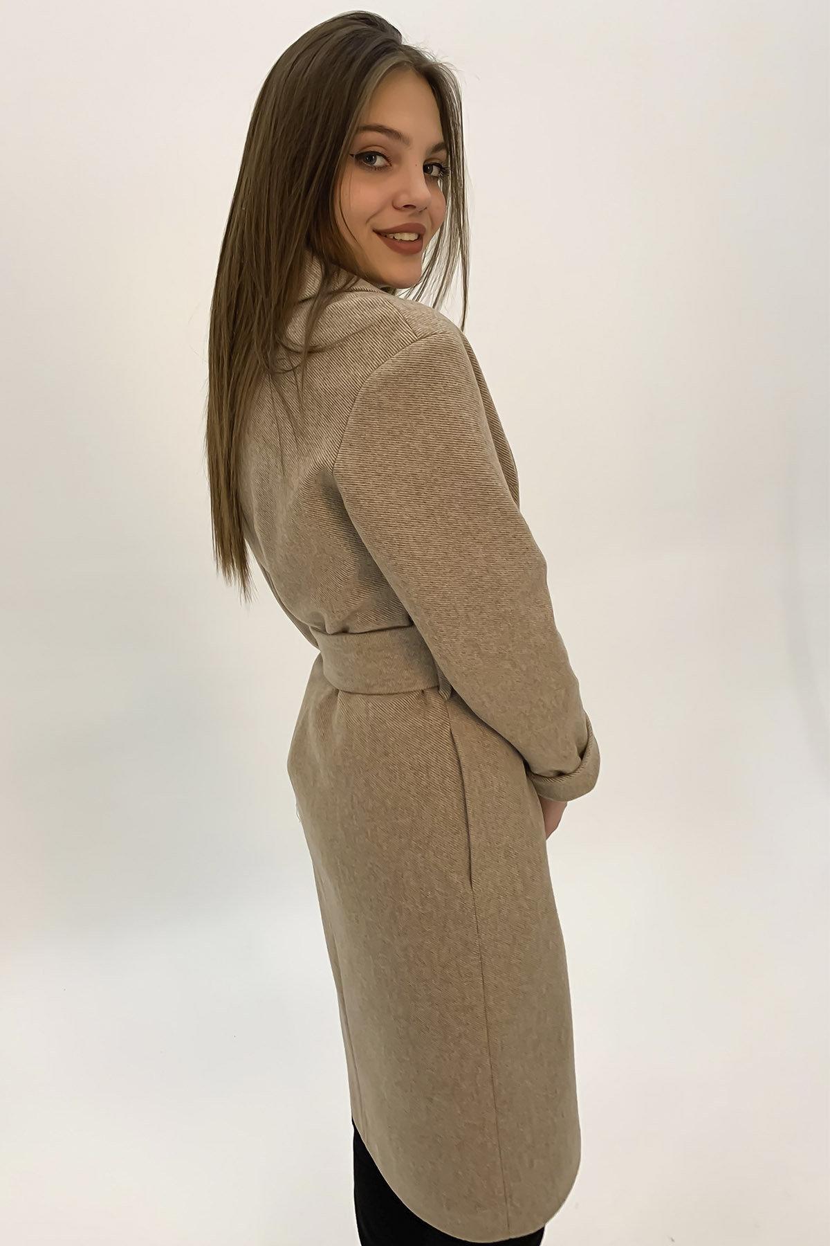 Демисезонное пальто бежевого цвета Севен 8757 АРТ. 45113 Цвет: Бежевый - фото 3, интернет магазин tm-modus.ru