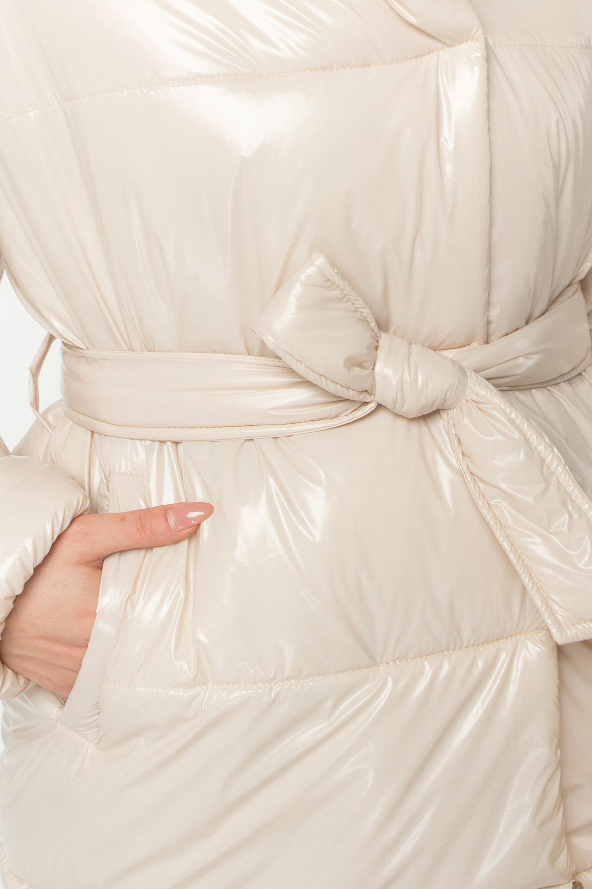 Лаковая куртка пуховик с поясом Бумер 8696 АРТ. 45156 Цвет: светло бежевый - фото 5, интернет магазин tm-modus.ru