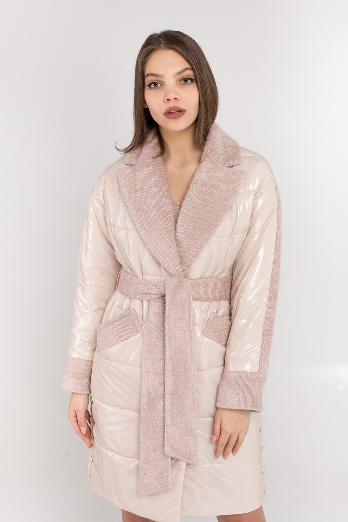 Комбинированное пальто с плащевкой Санья 8780 АРТ. 45123 Цвет: Пудра/молоко - фото 7, интернет магазин tm-modus.ru