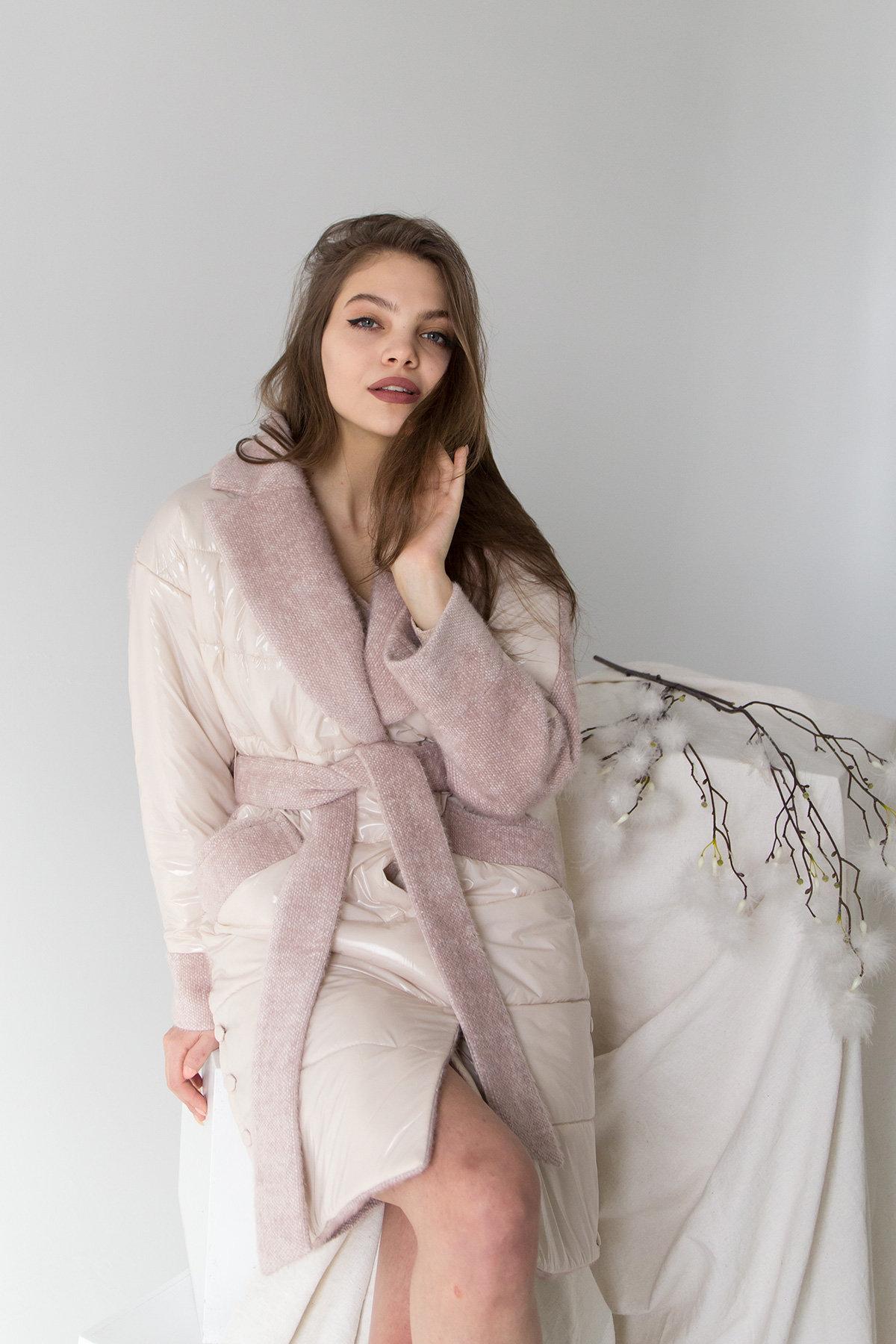 Комбинированное пальто с плащевкой Санья 8780 АРТ. 45123 Цвет: Пудра/молоко - фото 8, интернет магазин tm-modus.ru