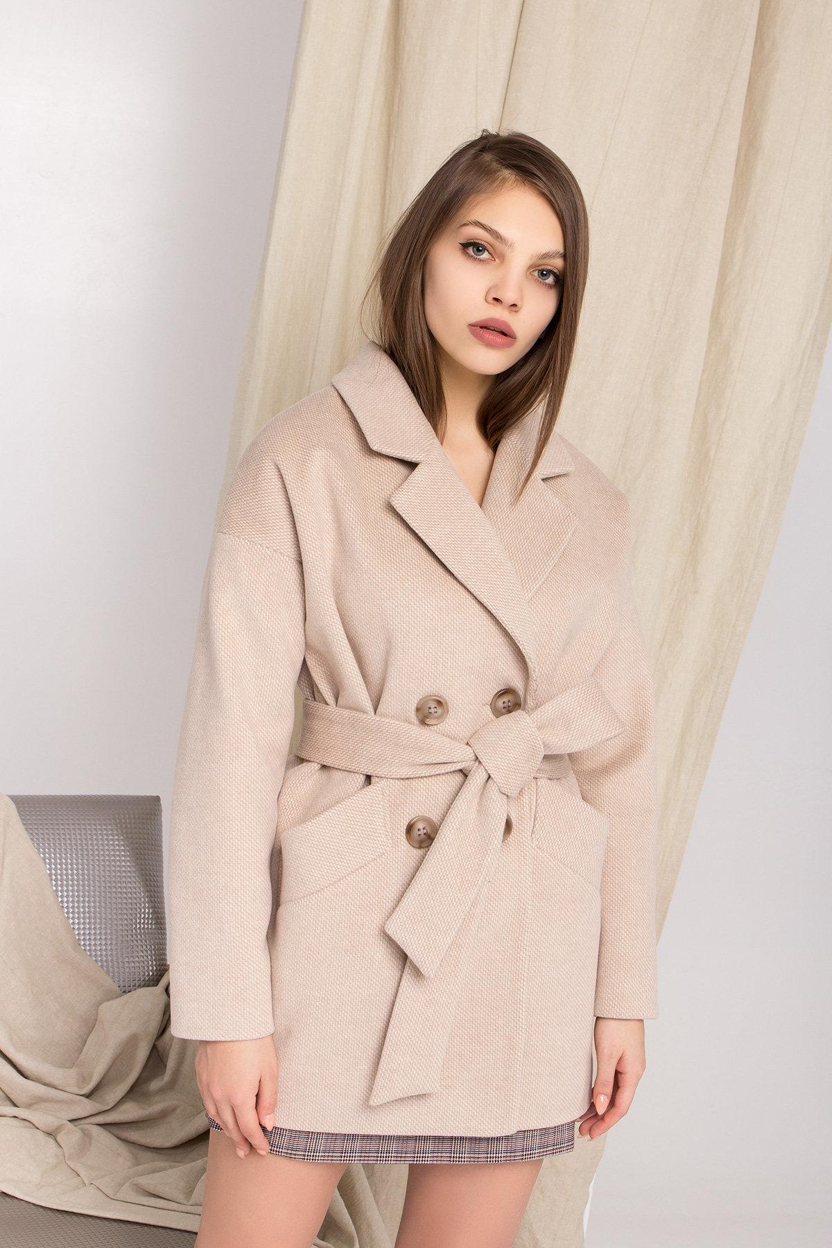 Демисезонное двубортное пальто Бонд 8927 АРТ. 45227 Цвет: Бежевый Светлый - фото 8, интернет магазин tm-modus.ru