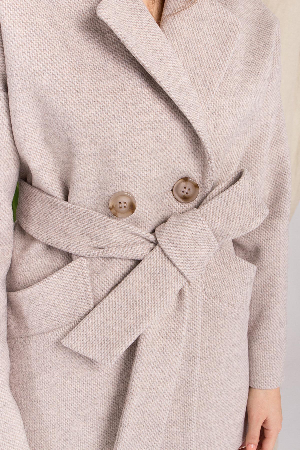 Демисезонное двубортное пальто Бонд 8927 Цвет: Бежевый 22