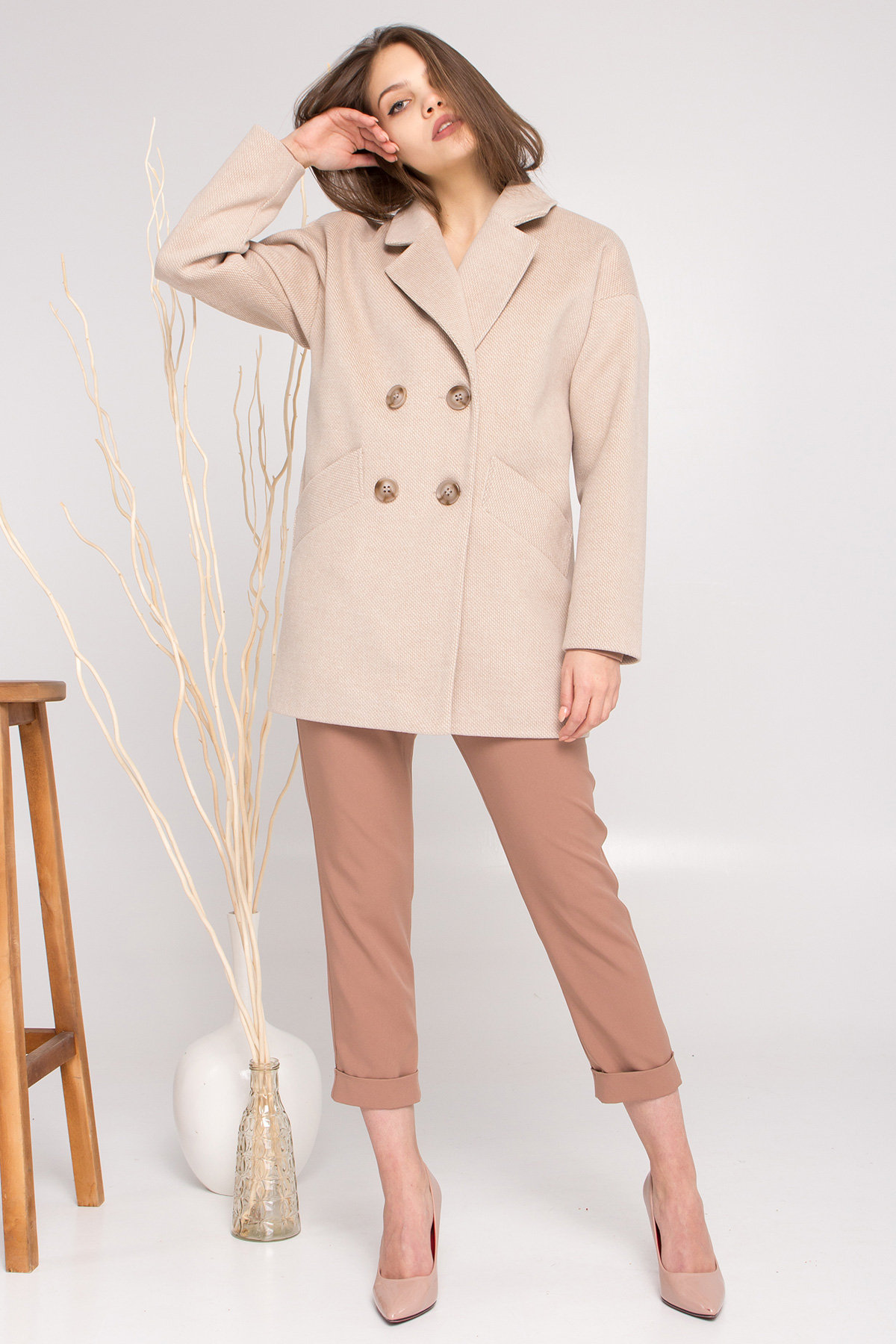 Демисезонное двубортное пальто Бонд 8927 АРТ. 45227 Цвет: Бежевый Светлый - фото 5, интернет магазин tm-modus.ru