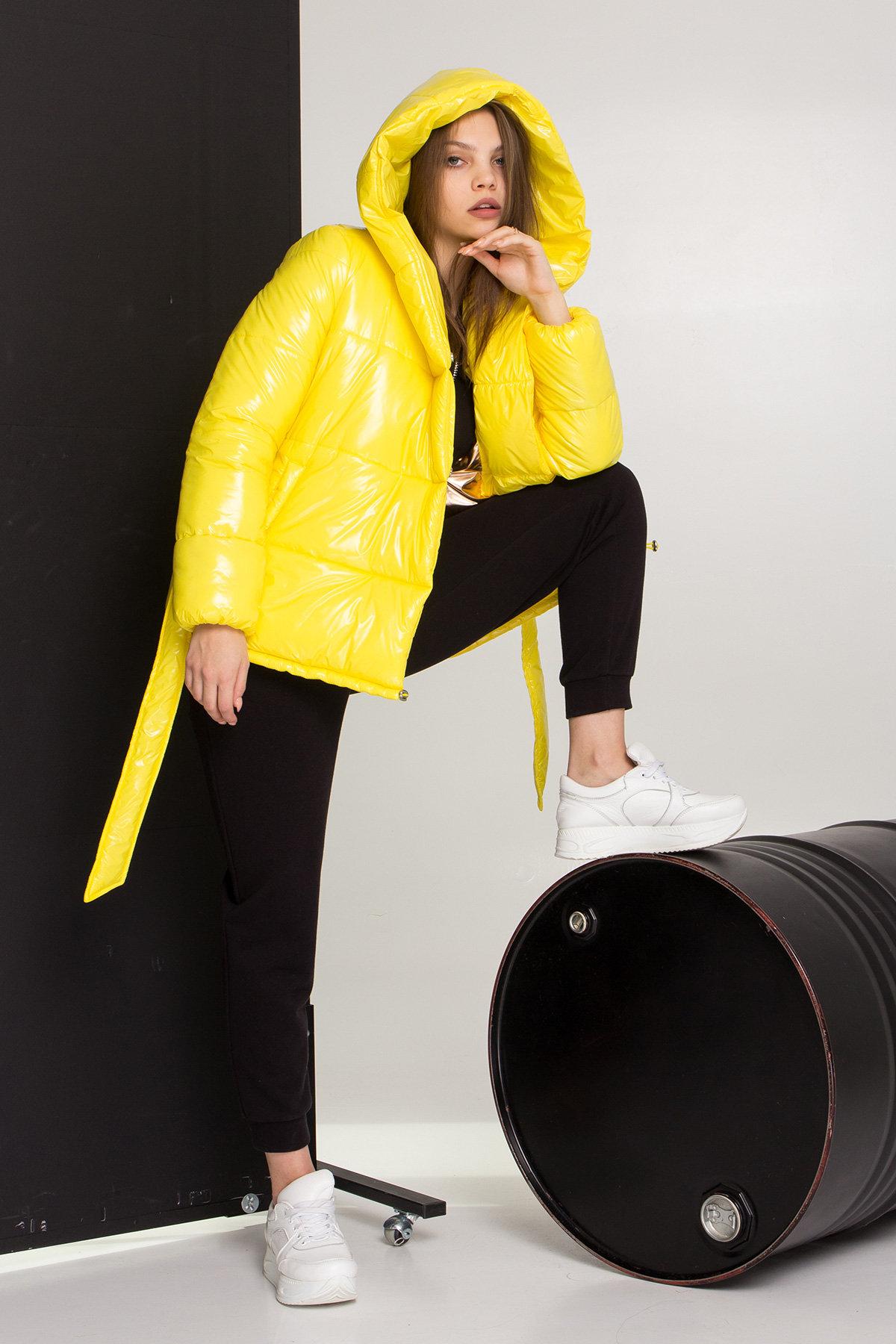 Лаковая куртка пуховик с поясом Бумер 8696 АРТ. 45243 Цвет: т.серый/желтый/черный - фото 2, интернет магазин tm-modus.ru