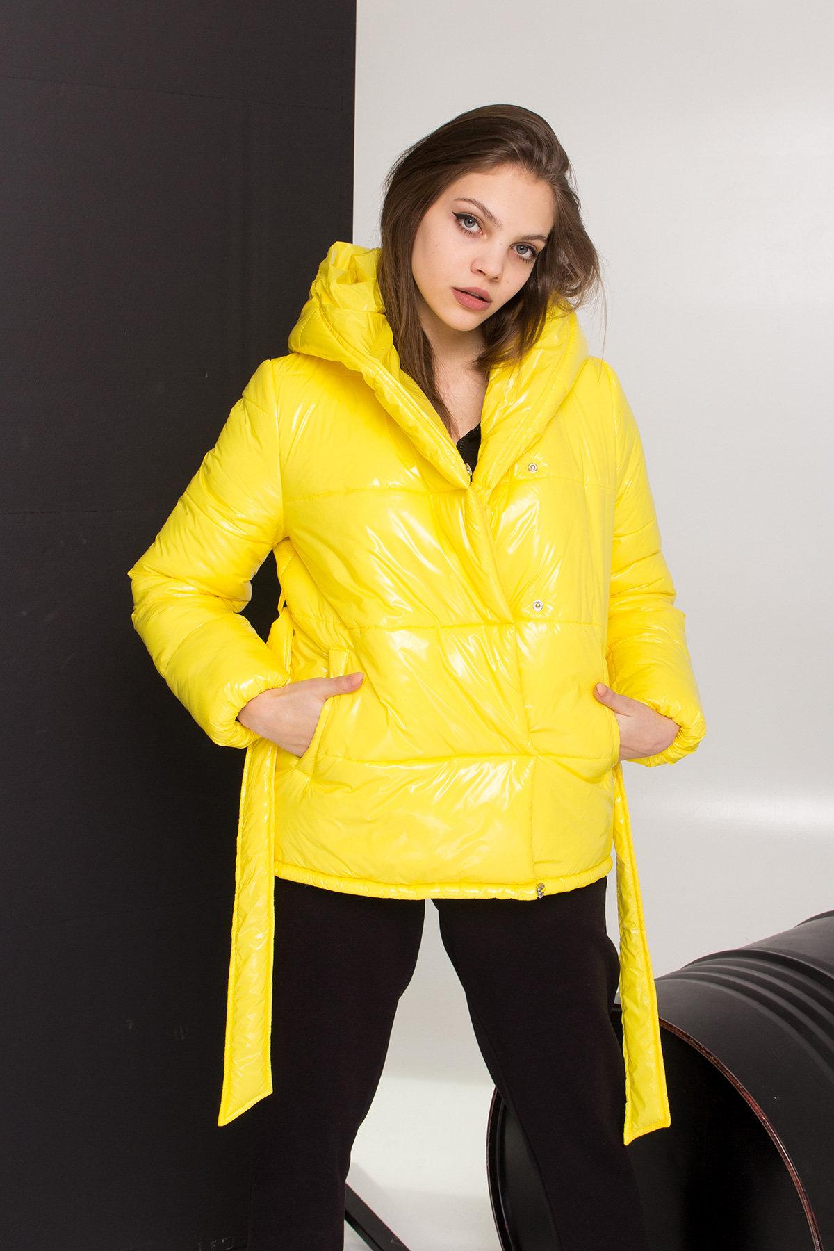 Лаковая куртка пуховик с поясом Бумер 8696 АРТ. 45243 Цвет: т.серый/желтый/черный - фото 7, интернет магазин tm-modus.ru