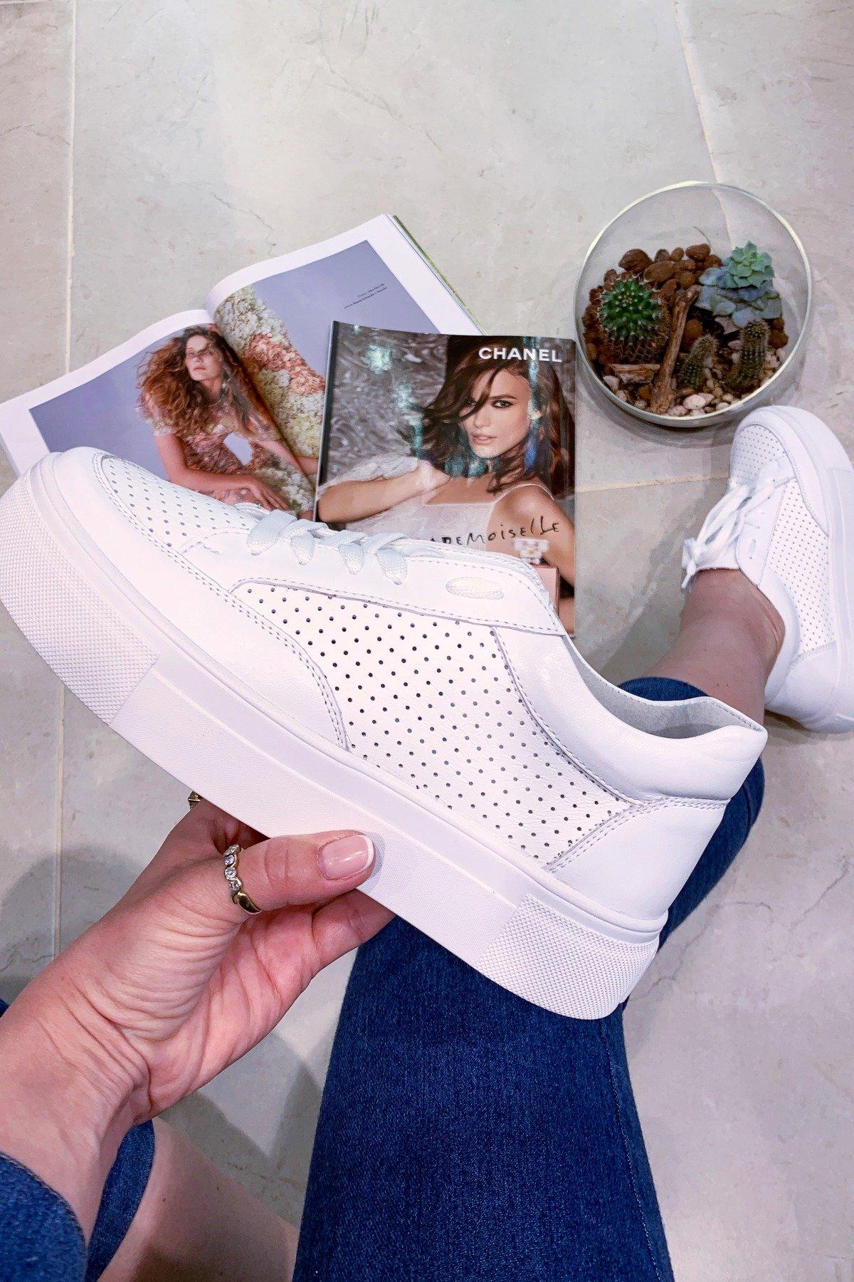 прогулочные женские кроссовки NEW SNICKERS 125