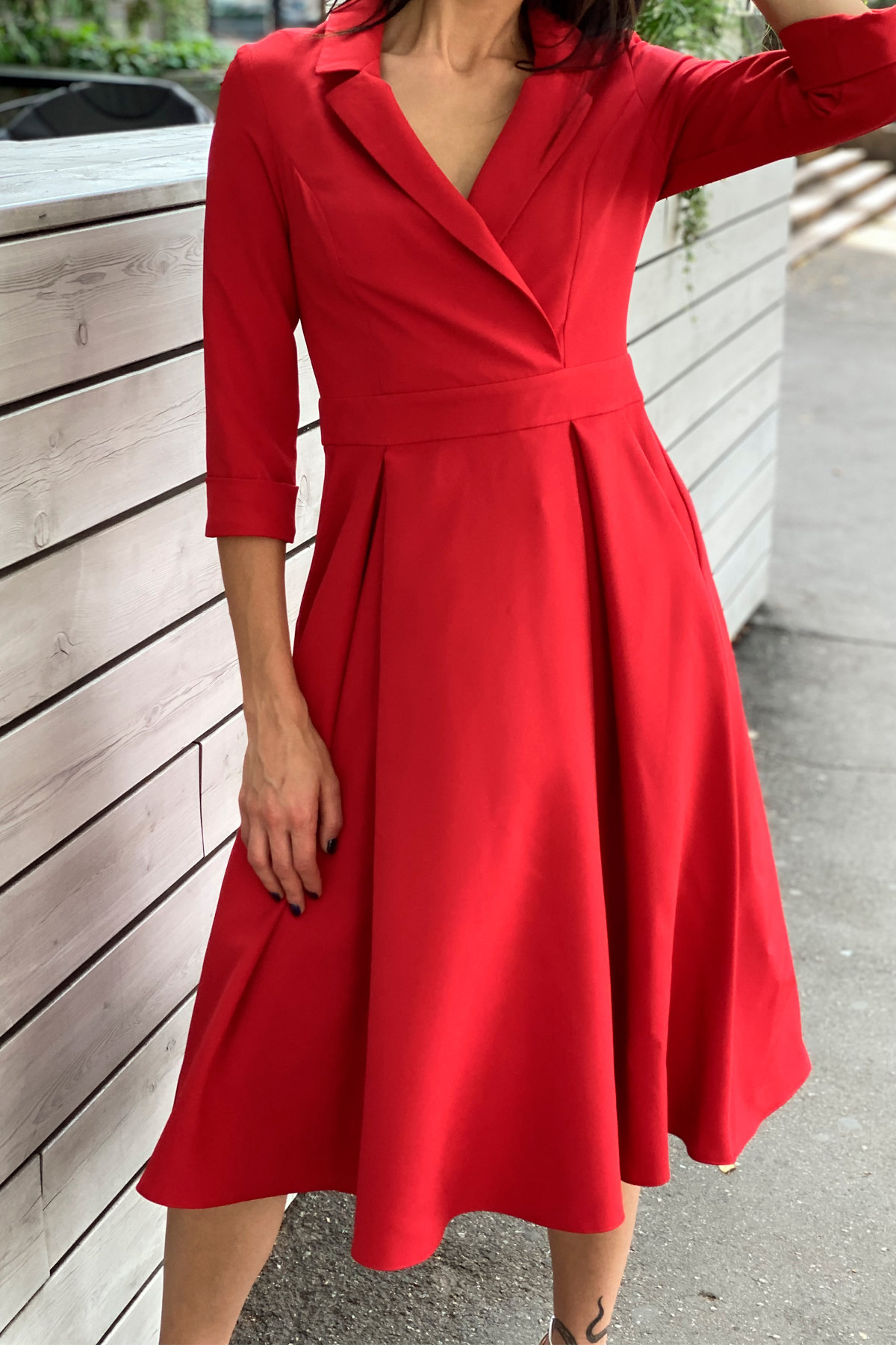 Платье в офис Артего 7832 АРТ. 43767 Цвет: Красный 4 - фото 4, интернет магазин tm-modus.ru