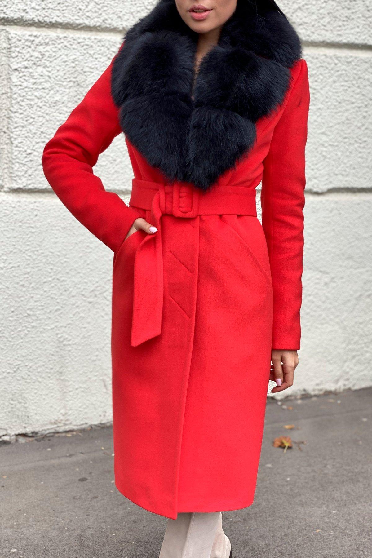 Зимнее пальто с меховым воротником Кареро 8439 Цвет: Красный