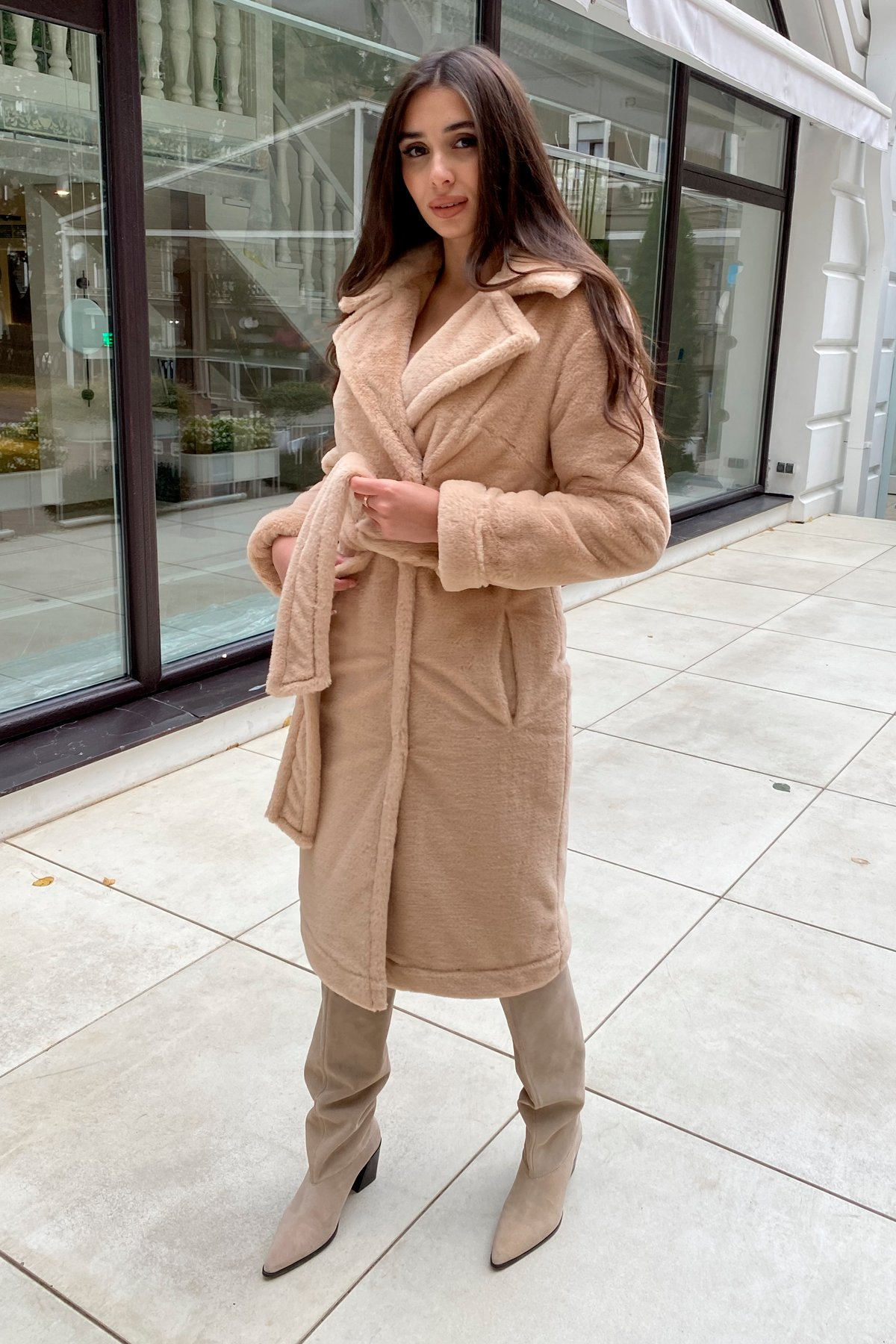 Зимнее пальто из искусственного меха норки Саманта 8641 АРТ. 44956 Цвет: Бежевый - фото 19, интернет магазин tm-modus.ru
