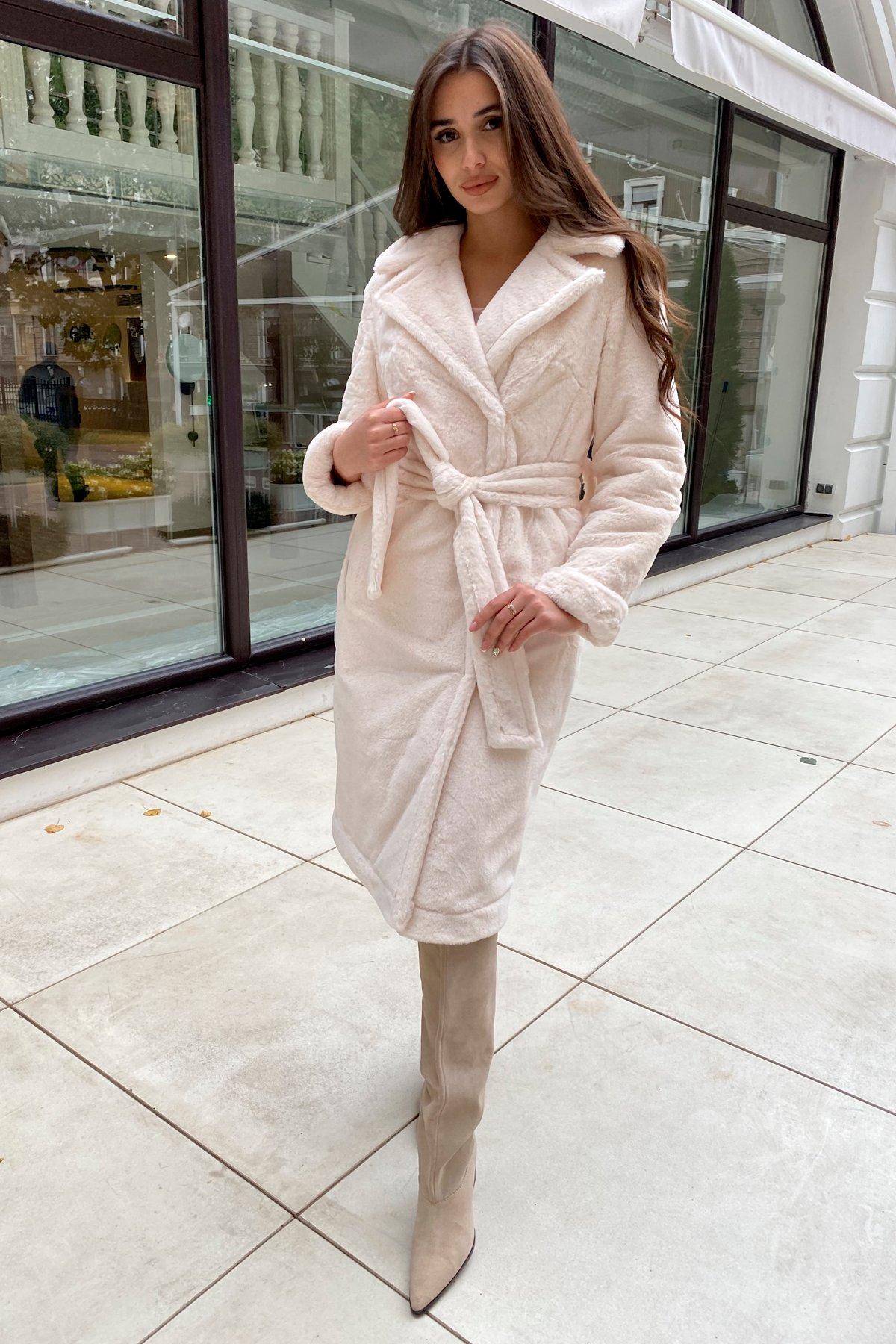 Зимнее пальто из искусственного меха норки Саманта 8641 АРТ. 44957 Цвет: Молоко - фото 4, интернет магазин tm-modus.ru