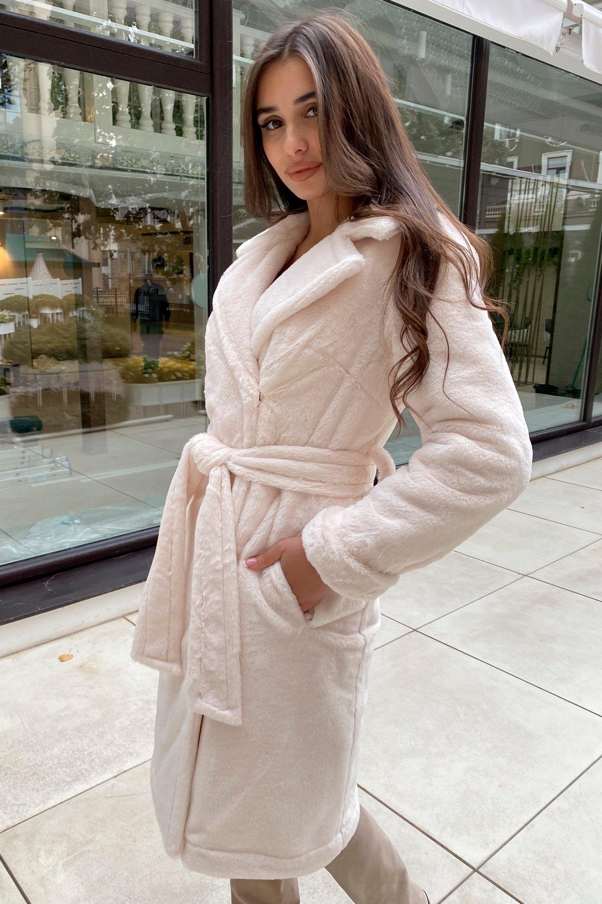 Зимнее пальто из искусственного меха норки Саманта 8641 АРТ. 44957 Цвет: Молоко - фото 7, интернет магазин tm-modus.ru