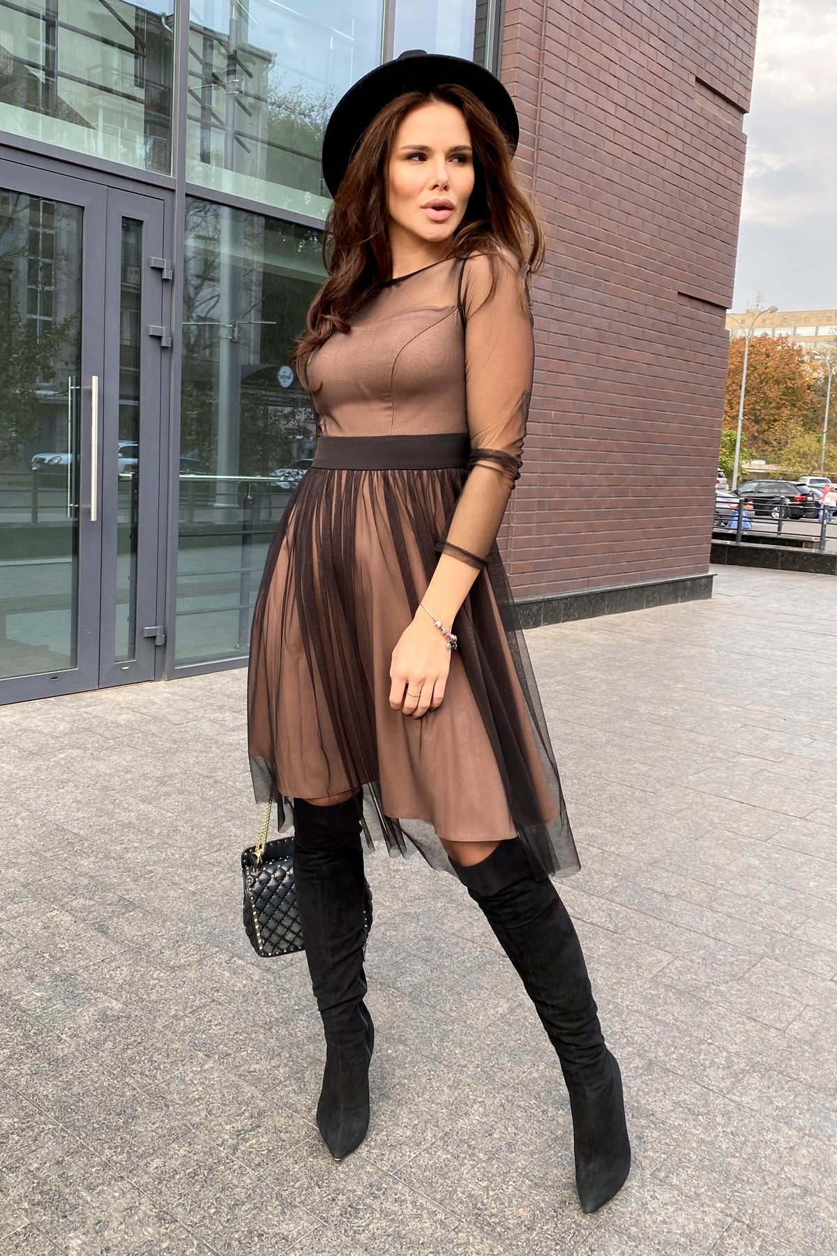 Платье миди длины с юбкой солнце-клеш Роял 8681 АРТ. 45006 Цвет: Черный/золото - фото 14, интернет магазин tm-modus.ru