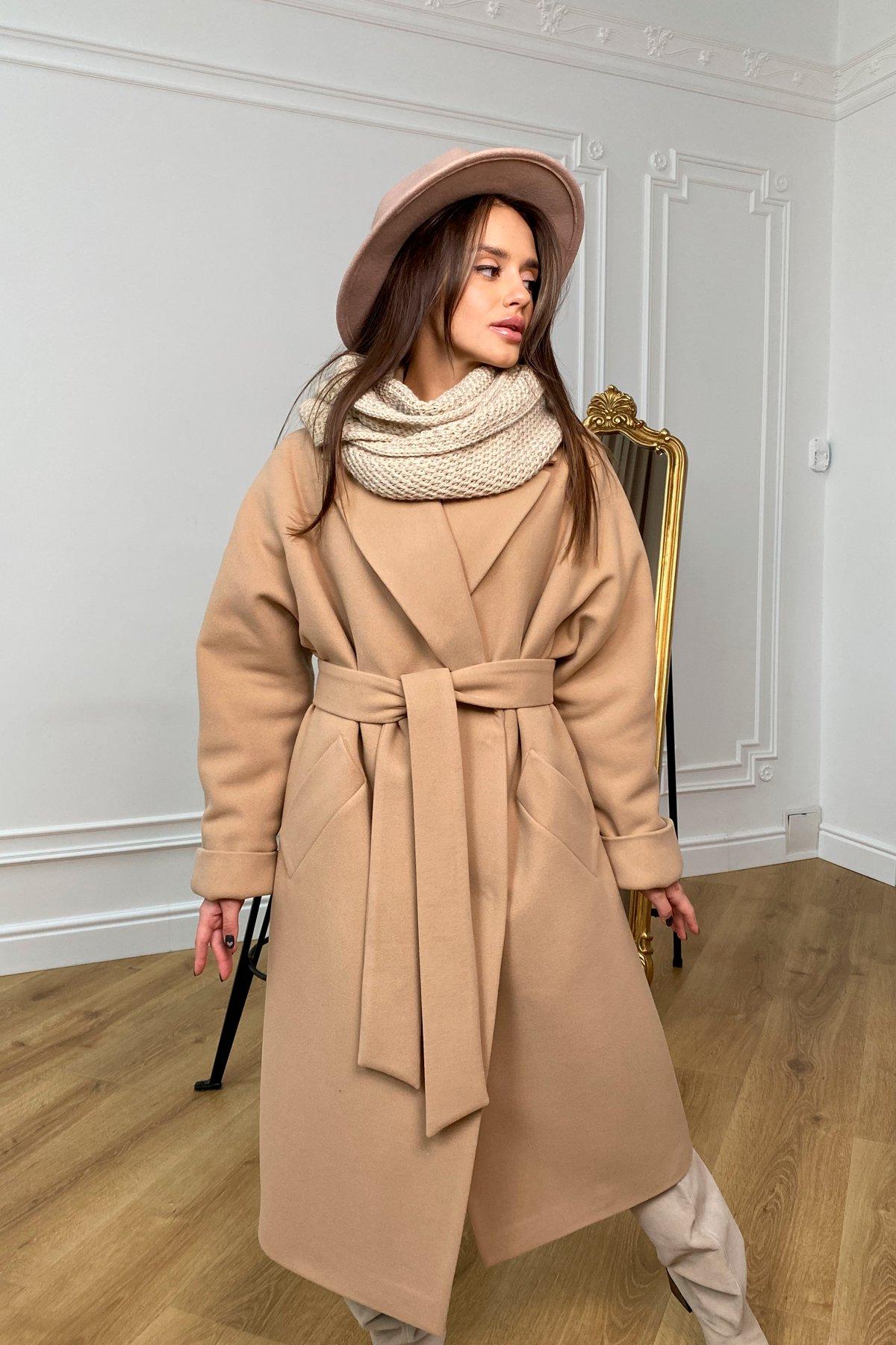 Купить пальто оптом от Modus Влада зимнее пальто из кашемира с хомутом 10033