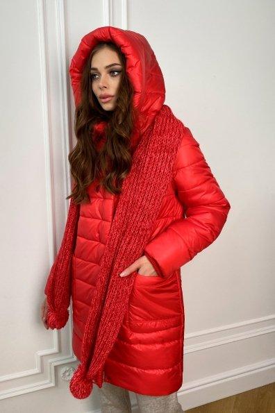 Пуховик прямого кроя с меховыми карманами Лили Лаке 8365 Цвет: Красный