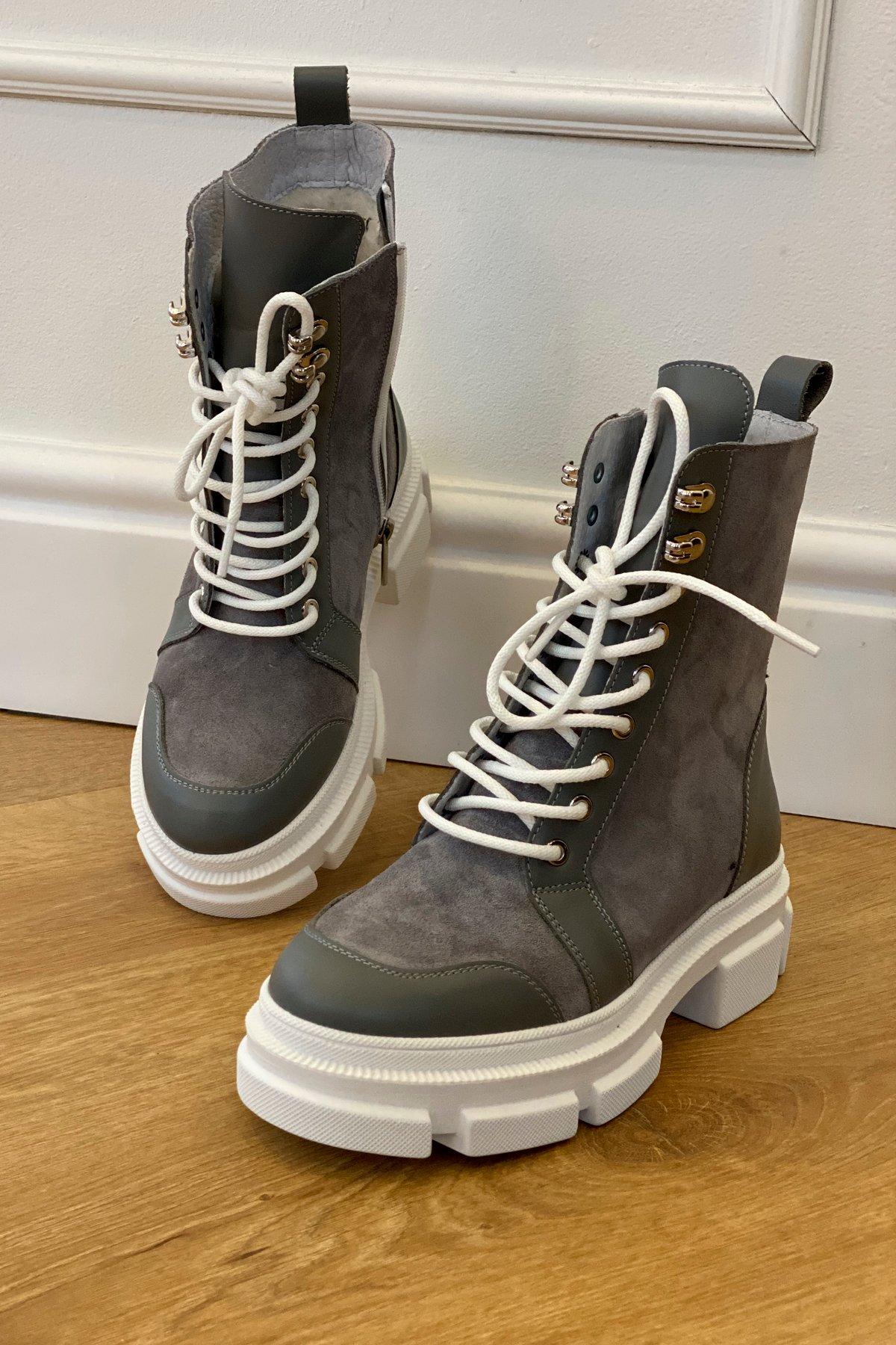 Ботинки зимние 260/14 (замш,вставки кожа,на шнурках)