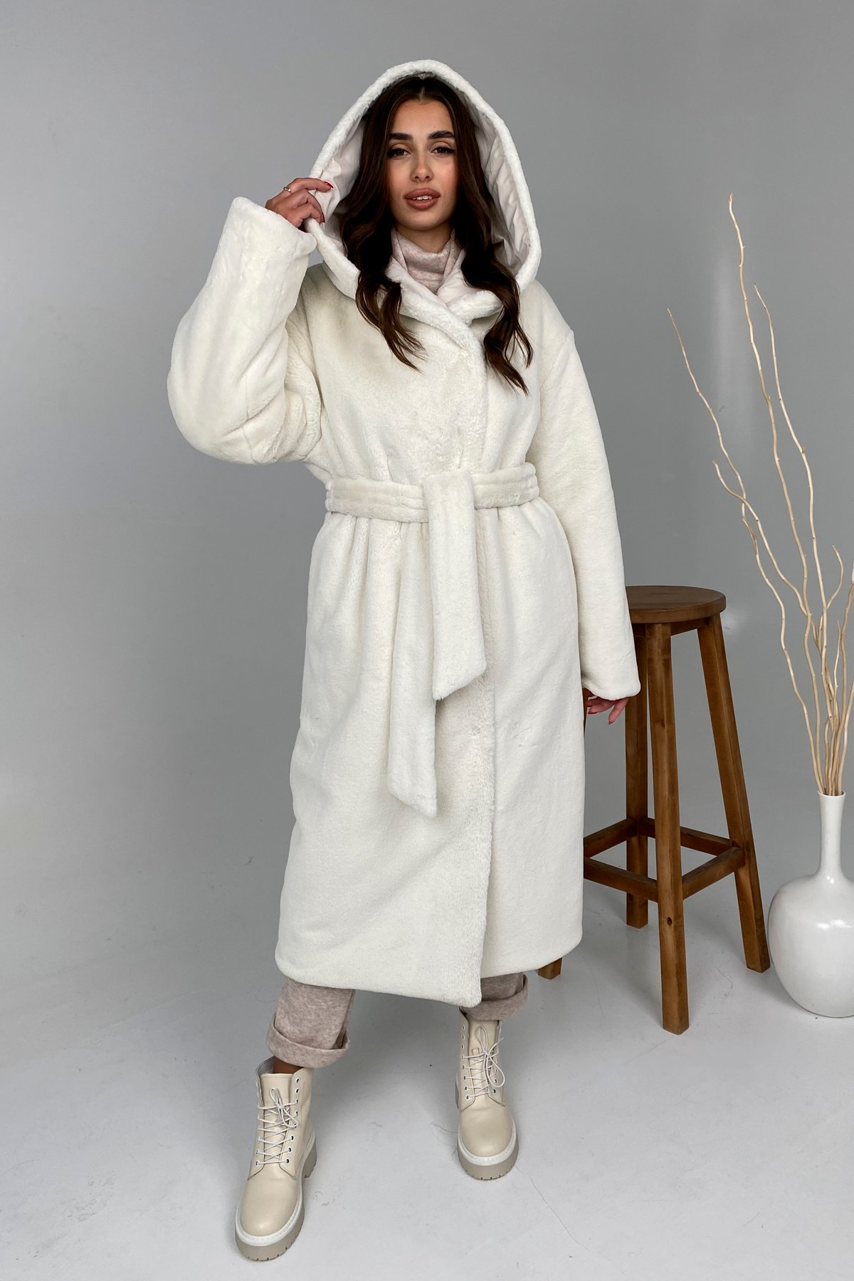 Сноу  теплое двухстороннее пальто из  еко меха и плотной  плащевки 9956 АРТ. 46243 Цвет: Молоко - фото 6, интернет магазин tm-modus.ru