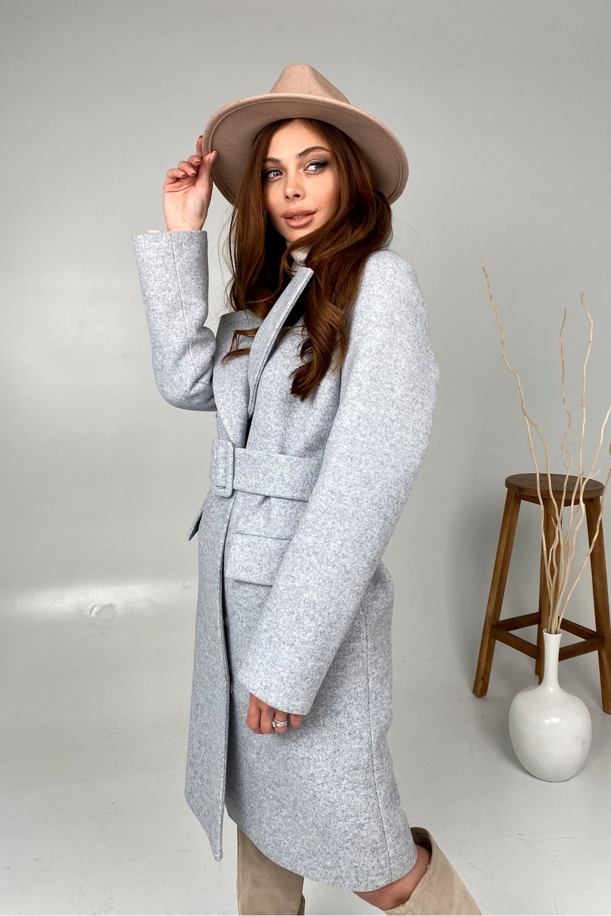 Зимнее пальто с отложным воротником Моле 8085 АРТ. 44035 Цвет: Серый Светлый 33 - фото 3, интернет магазин tm-modus.ru
