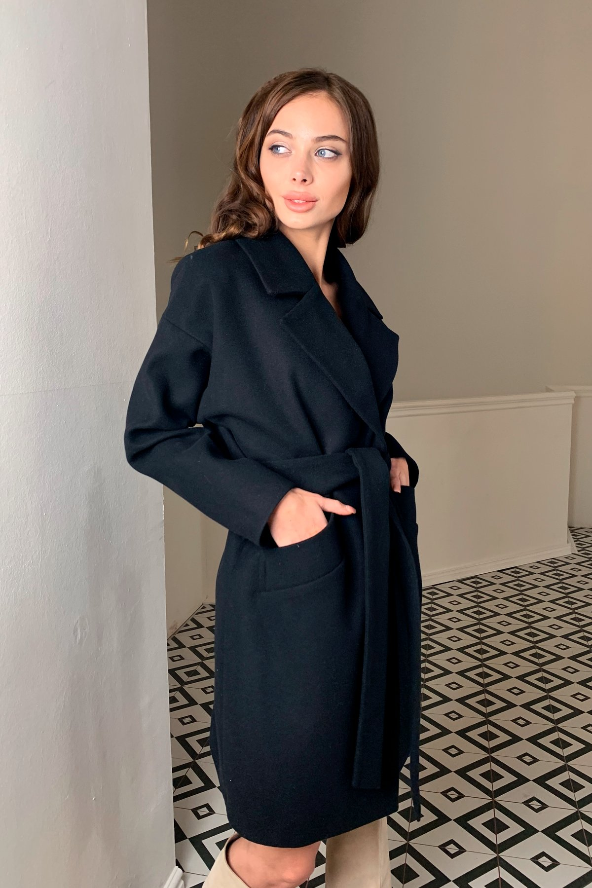 Пальто Сенсей 9767 АРТ. 46070 Цвет: Черный - фото 3, интернет магазин tm-modus.ru