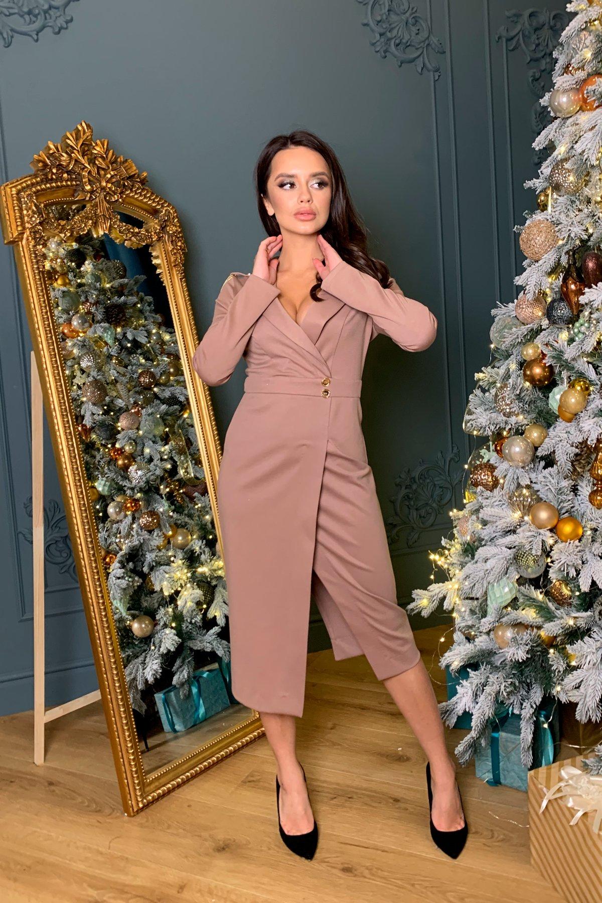Платье-футляр с длинным рукавом Бриллил 8418 Цвет: Бежевый
