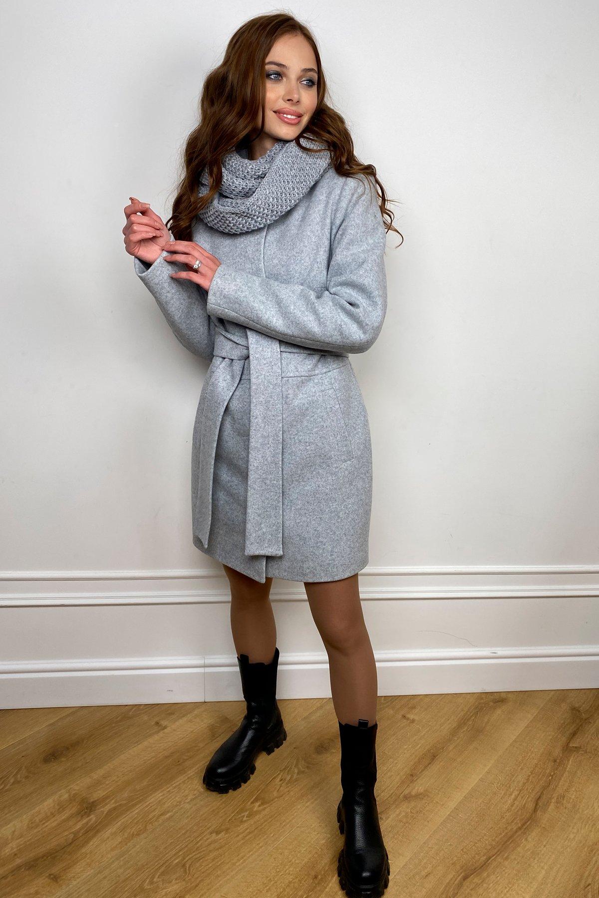 Пальто женское зимнее Габи 8295 с шарфом-трубой АРТ. 44406 Цвет: Серый Светлый 33 - фото 4, интернет магазин tm-modus.ru