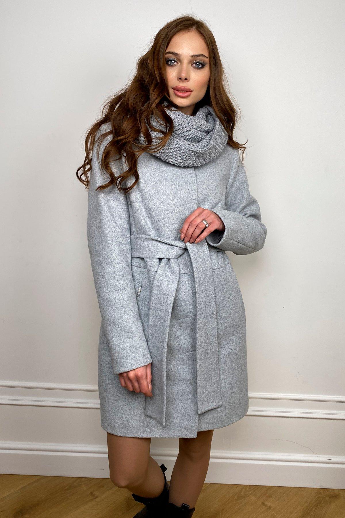 Пальто женское зимнее Габи 8295 с шарфом-трубой АРТ. 44406 Цвет: Серый Светлый 33 - фото 5, интернет магазин tm-modus.ru