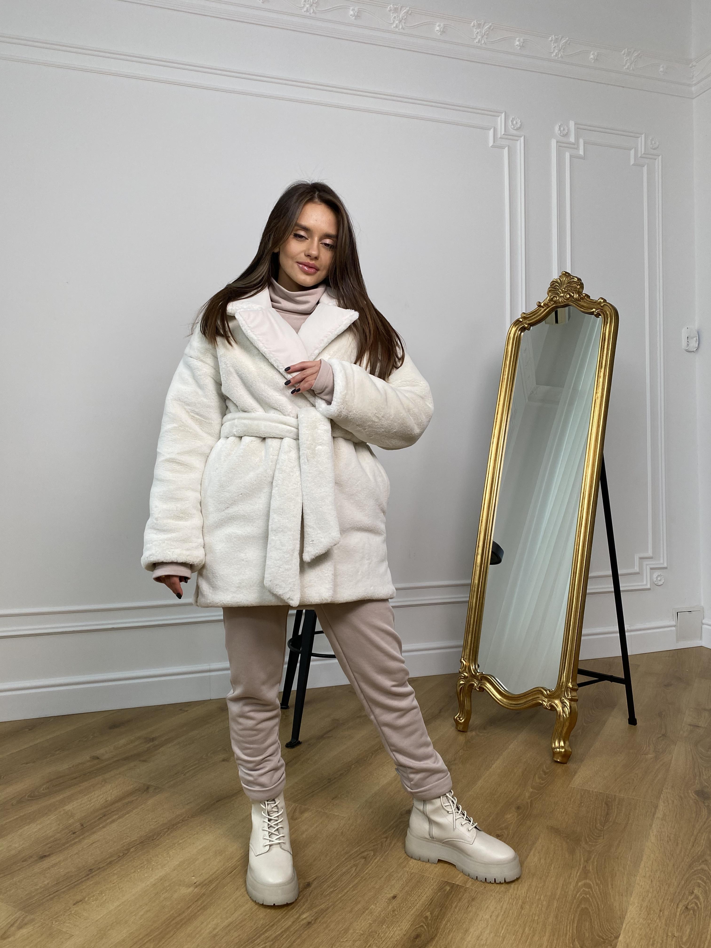 Вандер пальто мех искуственный кролик зима  10120 АРТ. 46418 Цвет: Молоко/молоко - фото 1, интернет магазин tm-modus.ru