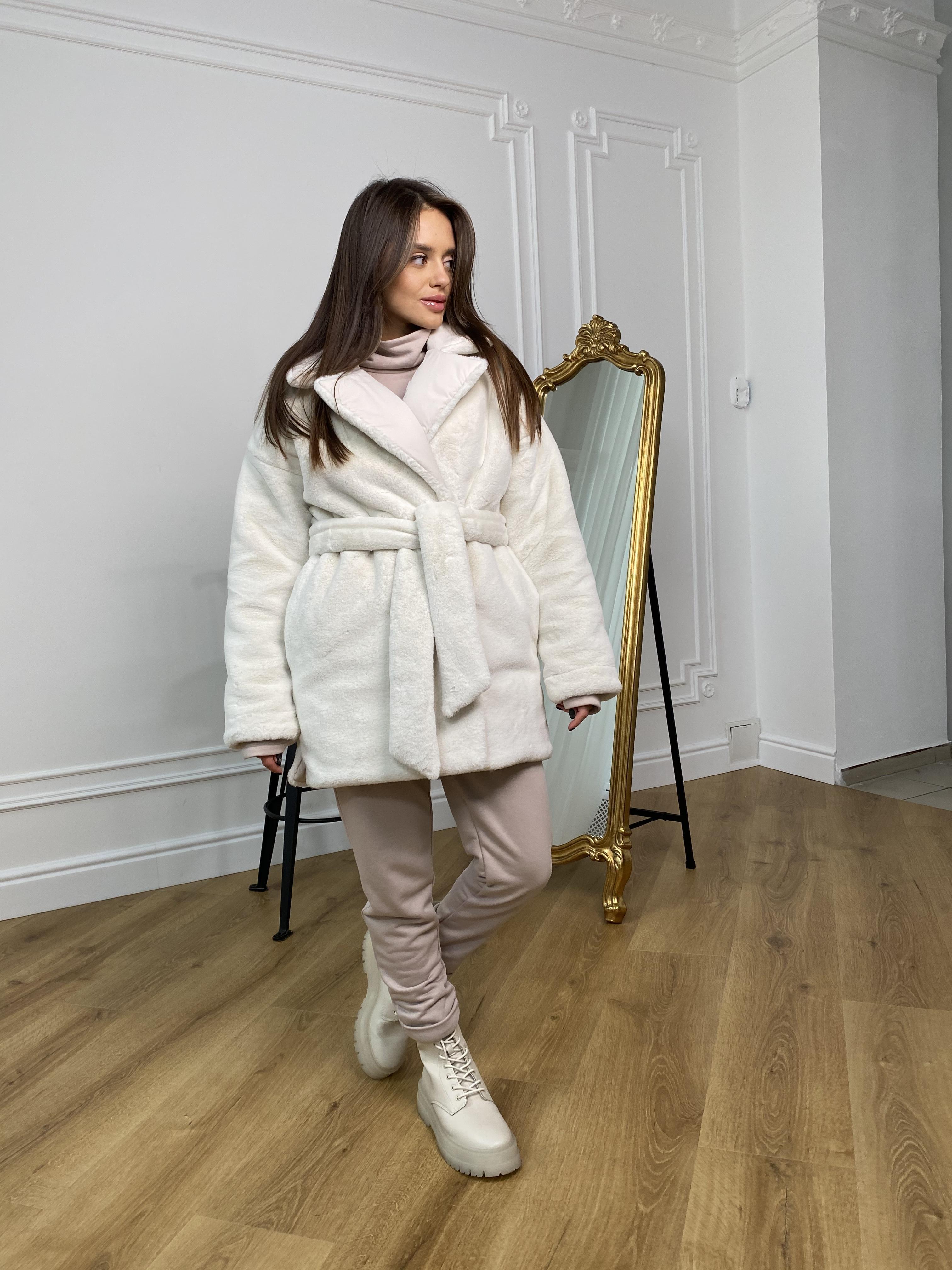 Вандер пальто мех искуственный кролик зима  10120 АРТ. 46418 Цвет: Молоко/молоко - фото 8, интернет магазин tm-modus.ru