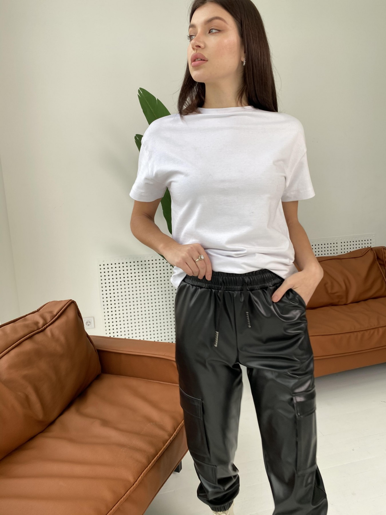 Кьюи брюки из экокожи 10673 АРТ. 47074 Цвет: Черный - фото 5, интернет магазин tm-modus.ru