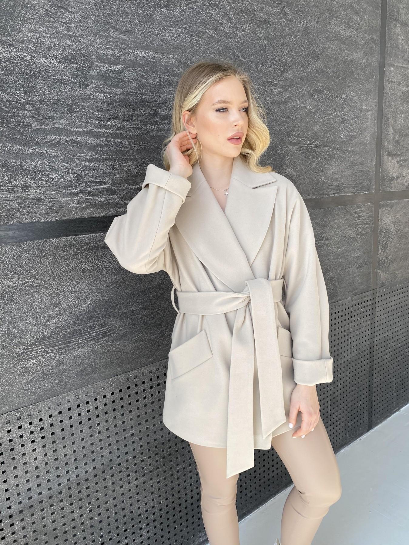 Дефиле пальто из кашемира 10585 АРТ. 47272 Цвет: Бежевый Светлый - фото 6, интернет магазин tm-modus.ru